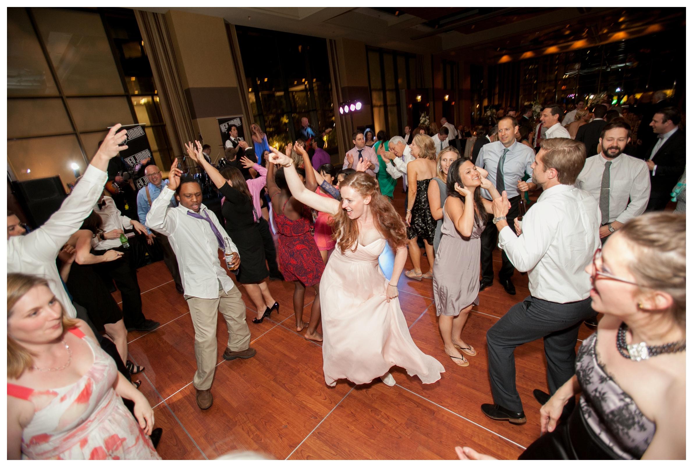 the-hyatt-regency-chicago-wedding-photographer
