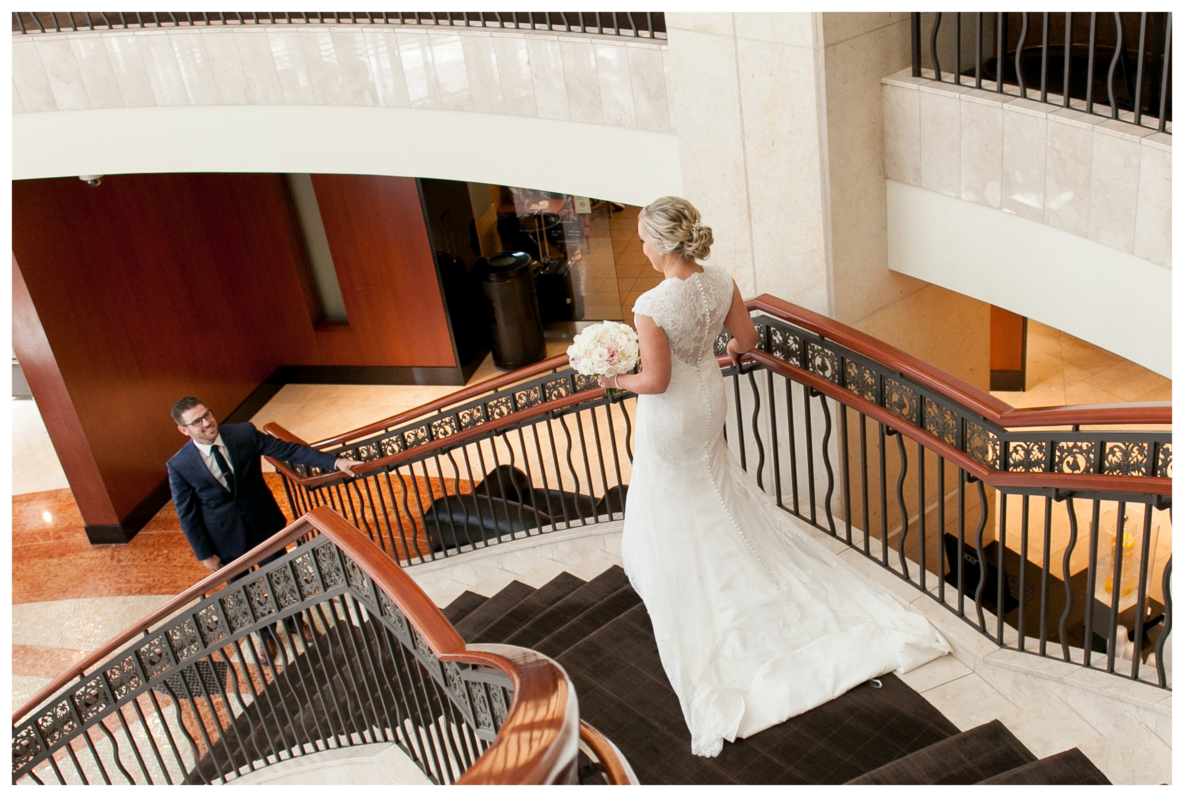 intercontinental-chicago-wedding-firstlook-staircase