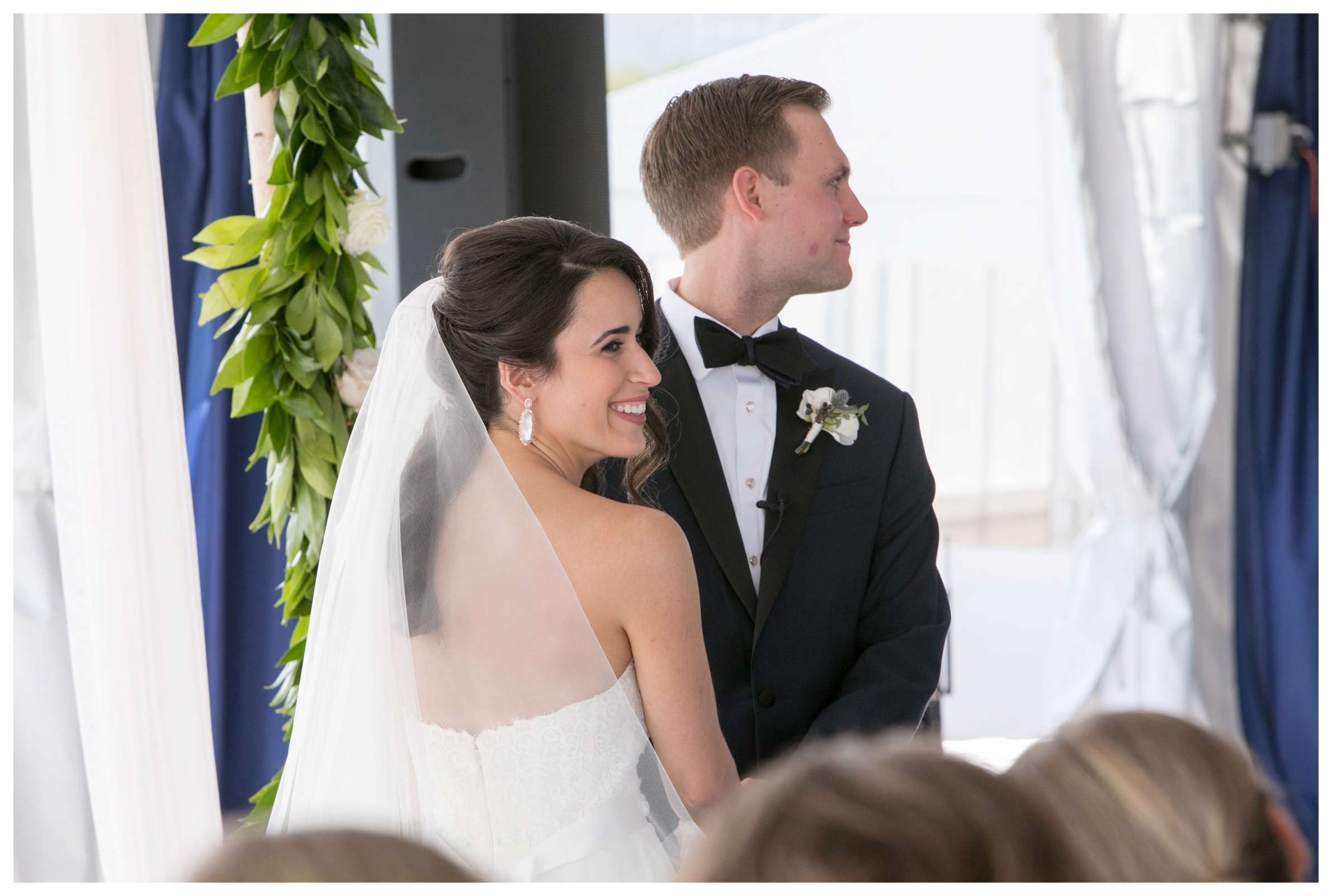 columbia-yacht-club-chicago-wedding_0023.jpg