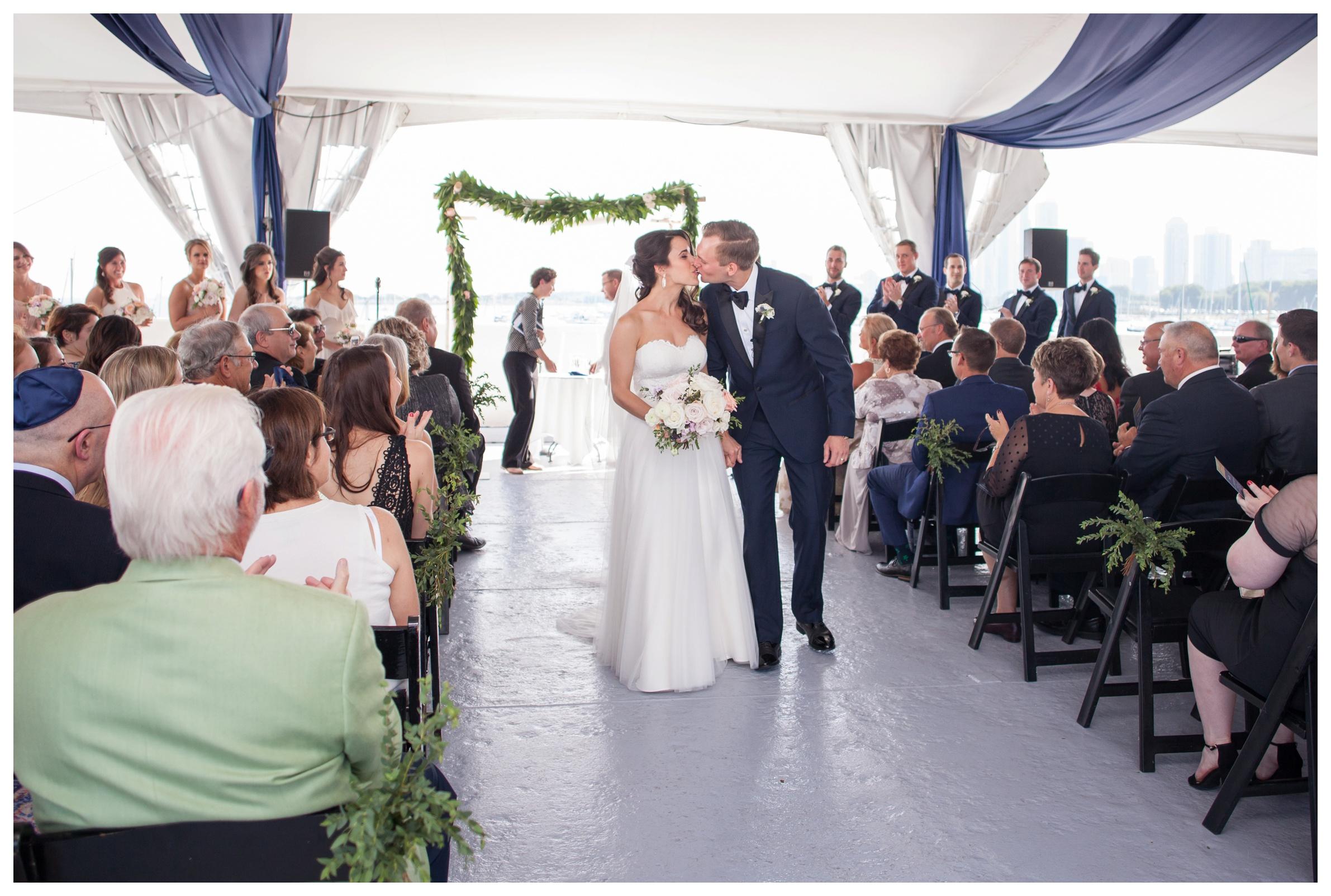 columbia-yacht-club-chicago-wedding_0025.jpg