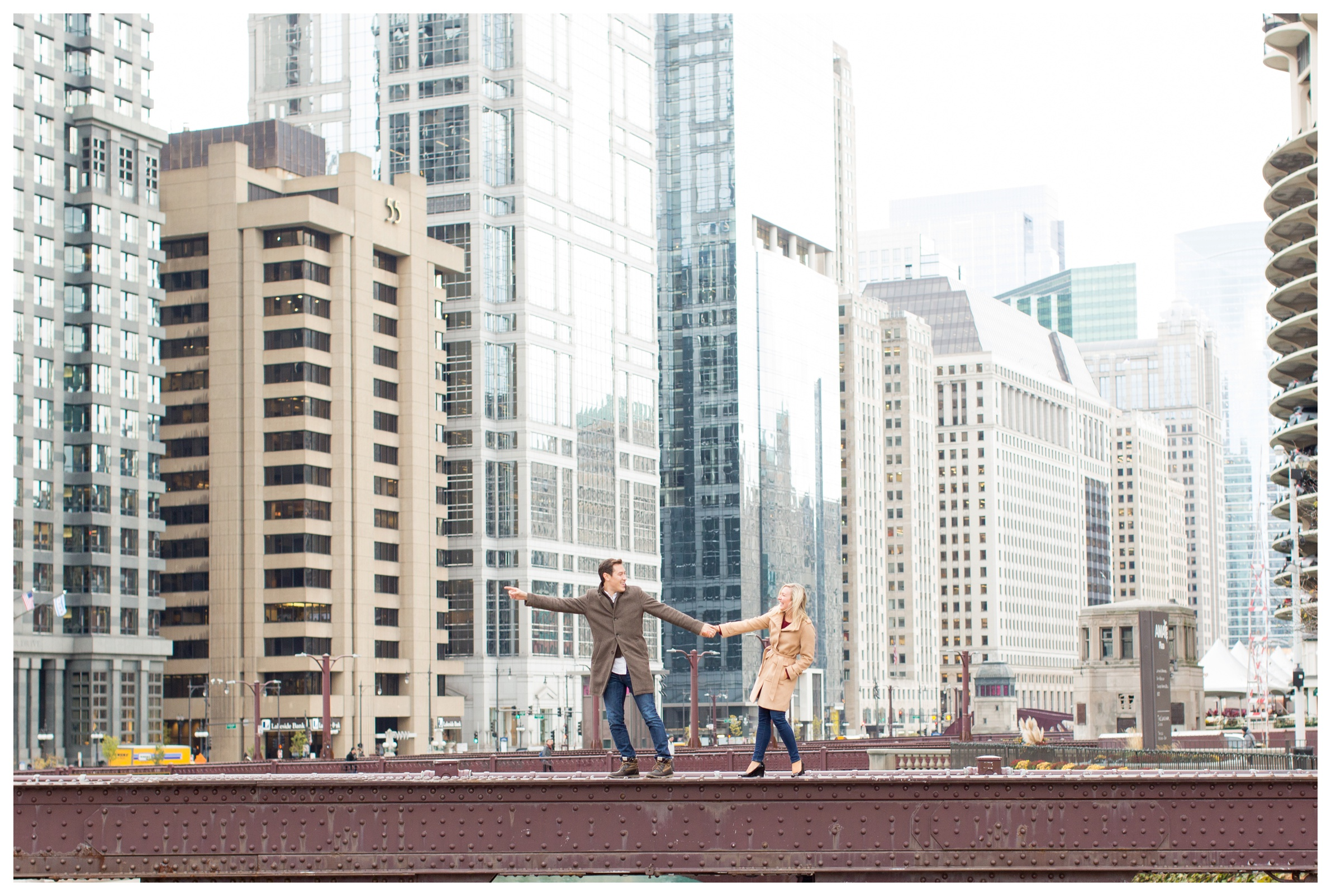 chicago-bridges-engagement-photos