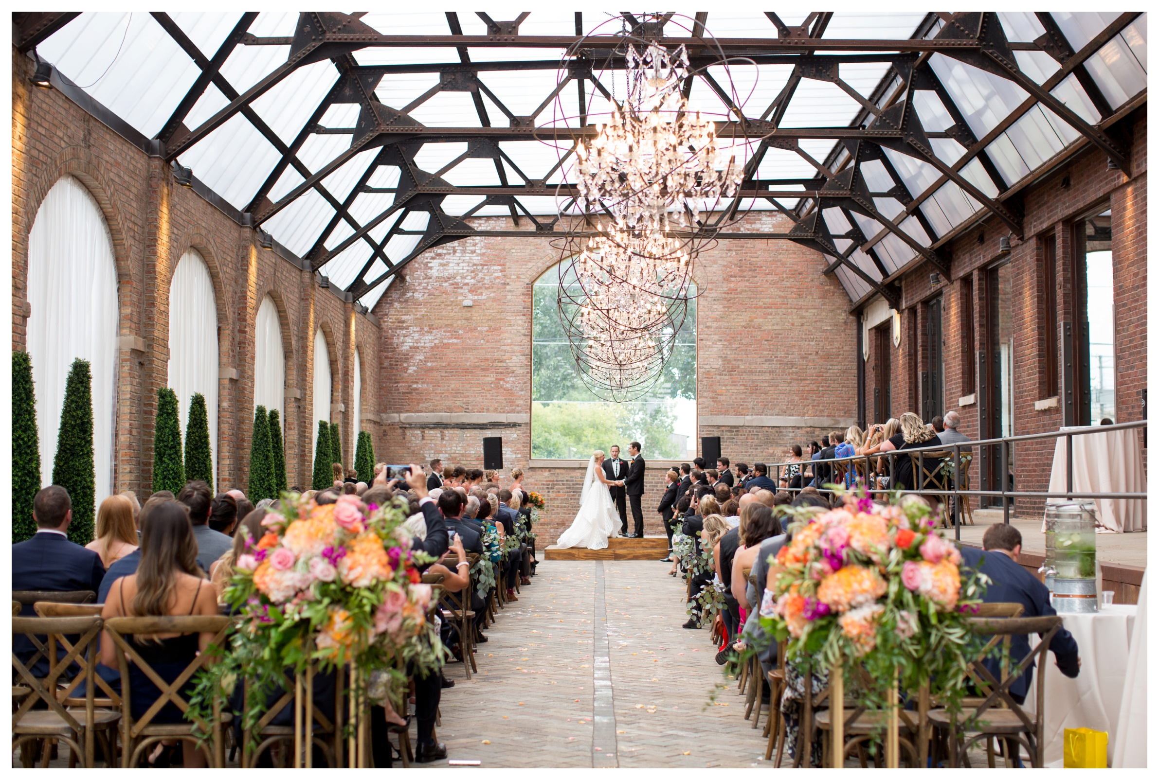 bridgeport-art-center-sculpture-garden-wedding-ceremony-photos