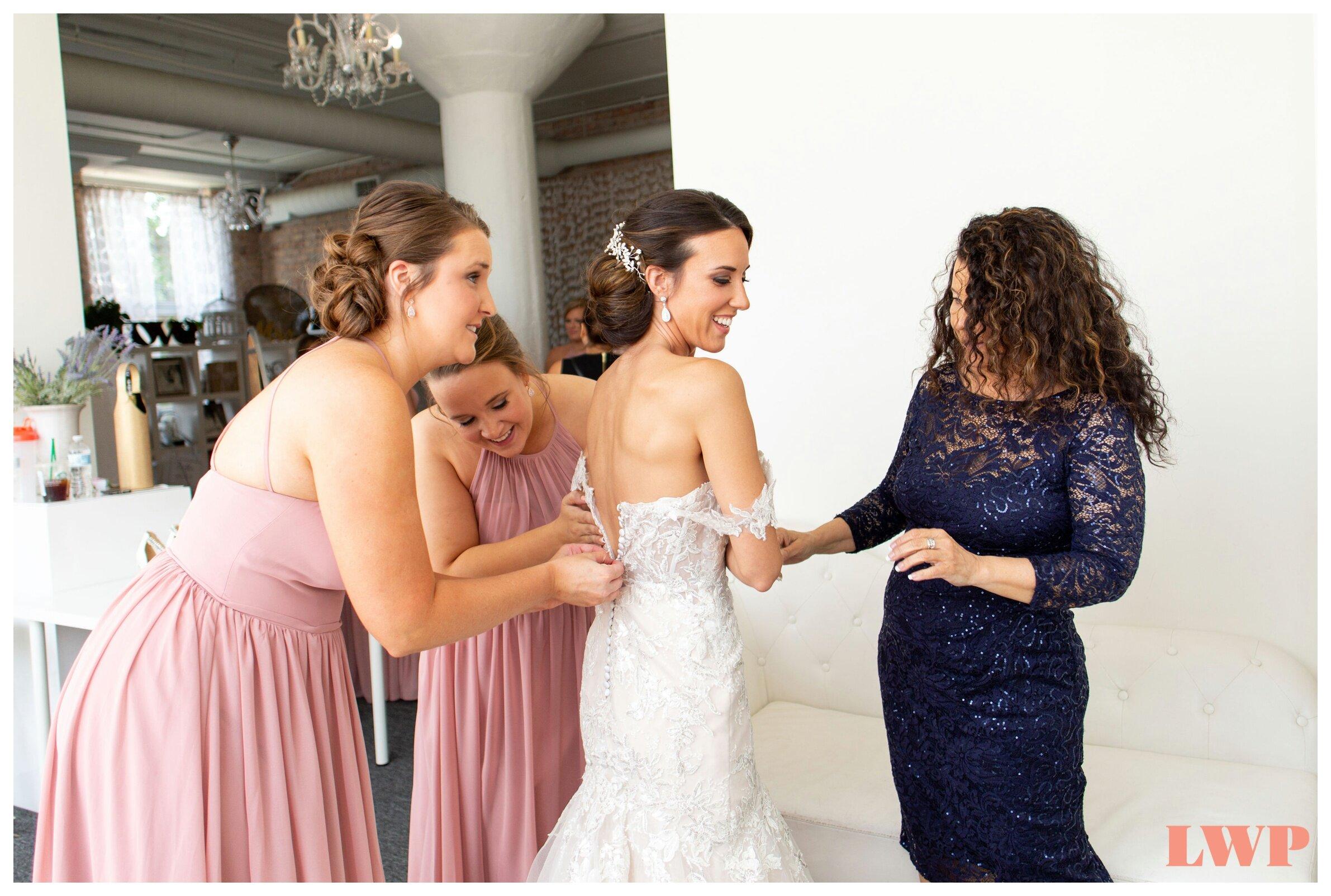 room-1520-wedding-chicago_0003.jpg