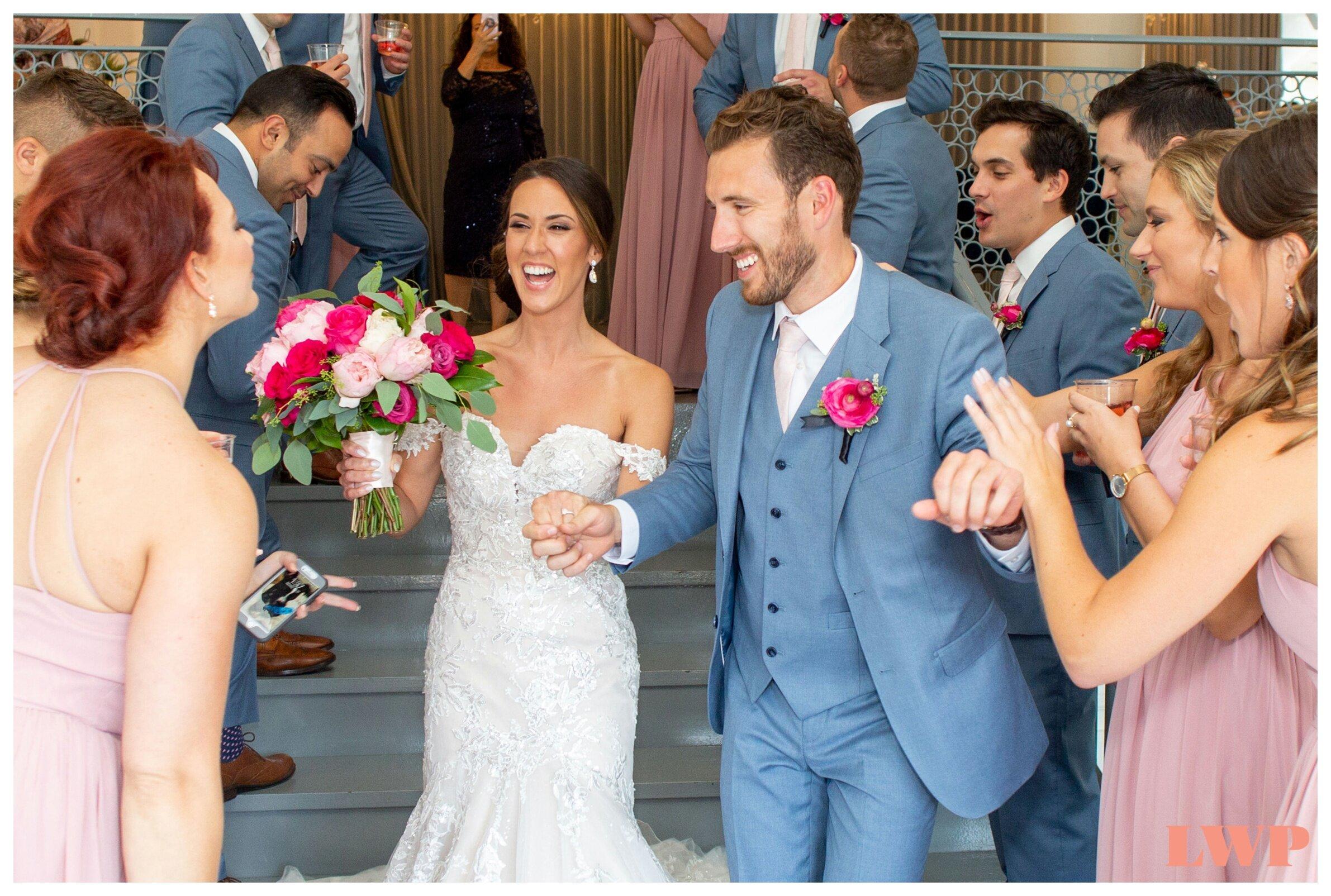 room-1520-wedding-chicago_0008.jpg