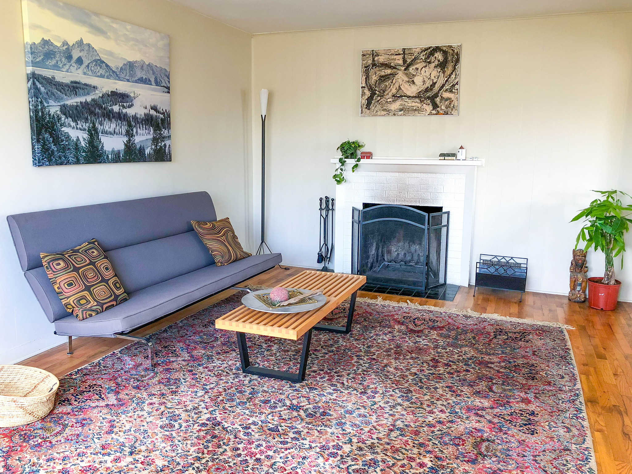 Sunny, Central, Cool Home!! - https://www.airbnb.com/rooms/23750498?s=51