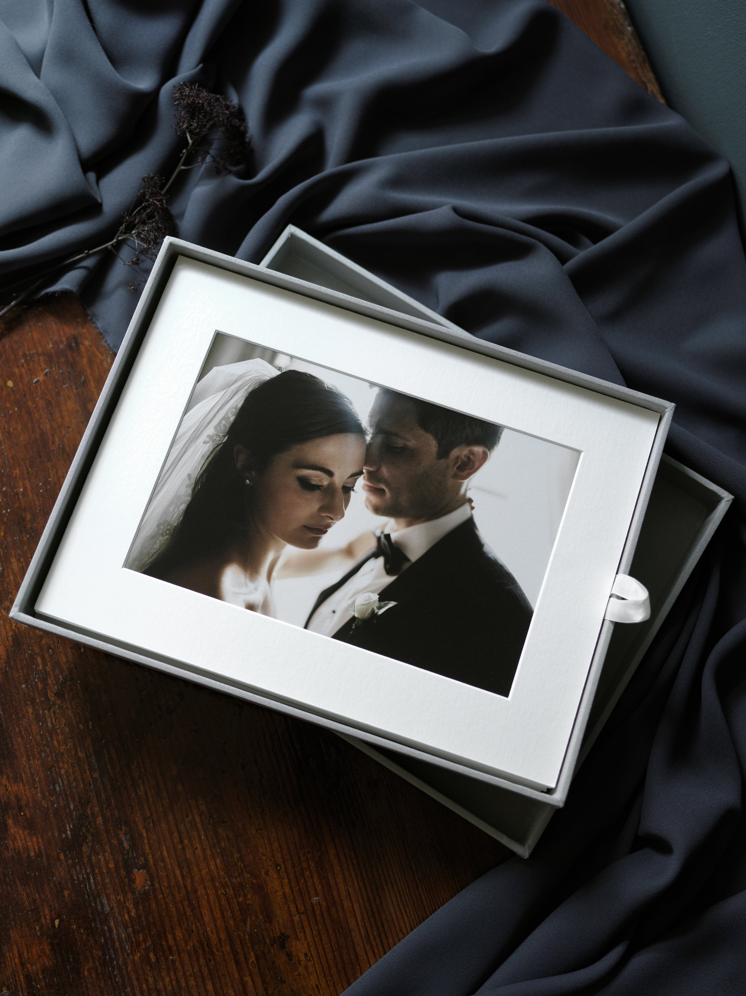 Folio Box - So flexible! Perfect for storying and displaying, framing or gifting your favorite pictures.