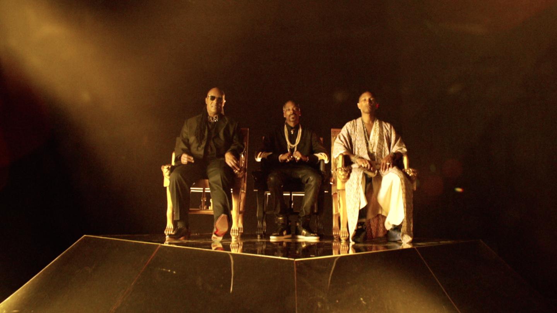 California Roll - Stevie Wonder Snoop Dogg Pharrell on Pyramid Set - kai boydell production design.jpg