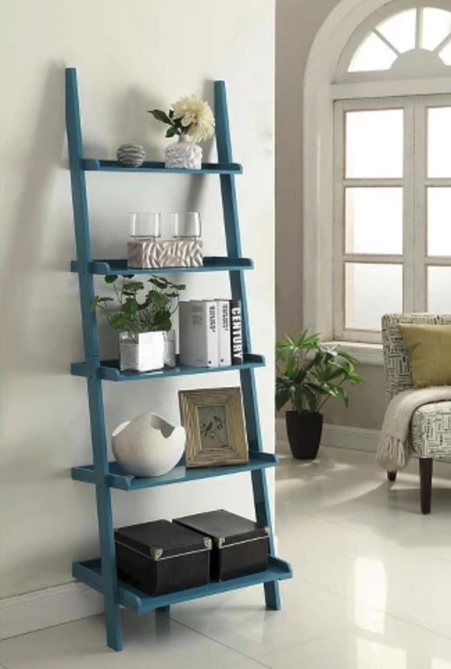 Shelf D - in room.png