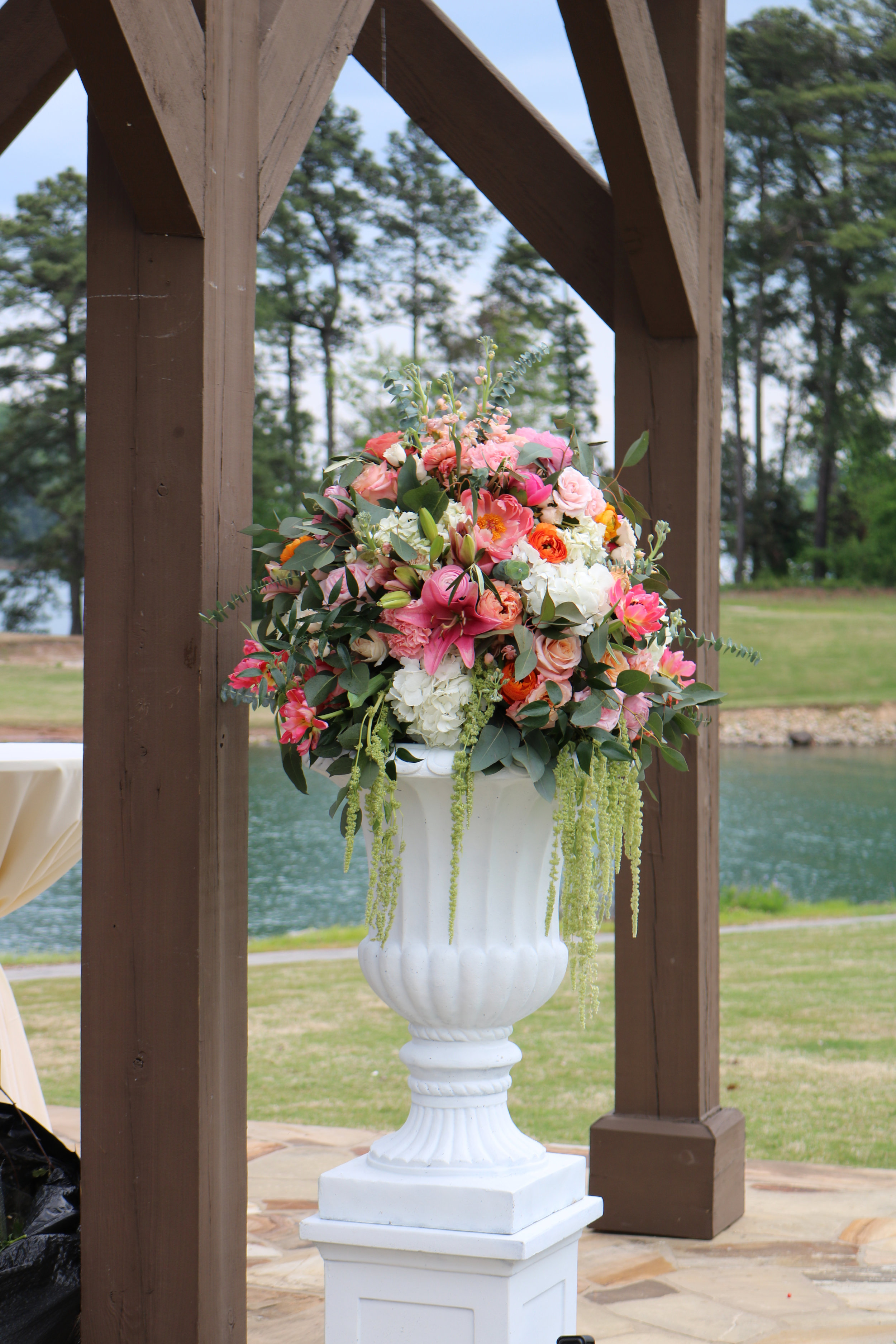 5 Ft. Tall Pair of White Aisle/Door Entry Urns