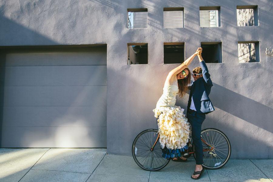 castro-bike-trash-the-dress-shoot0004.JPG