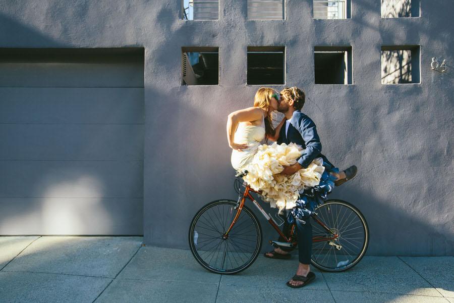 castro-bike-trash-the-dress-shoot0006.JPG