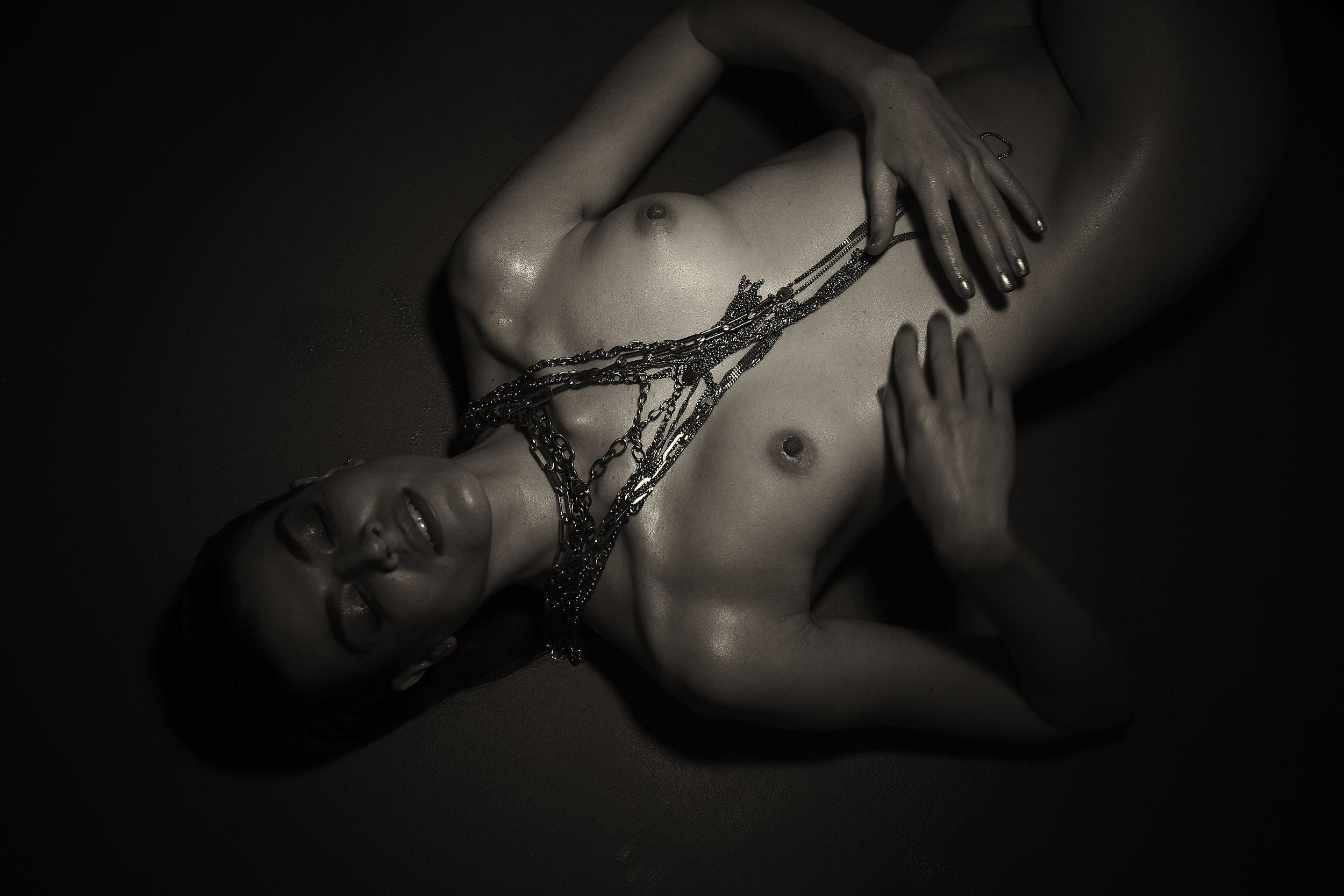 Fays_Chains_21392.jpg