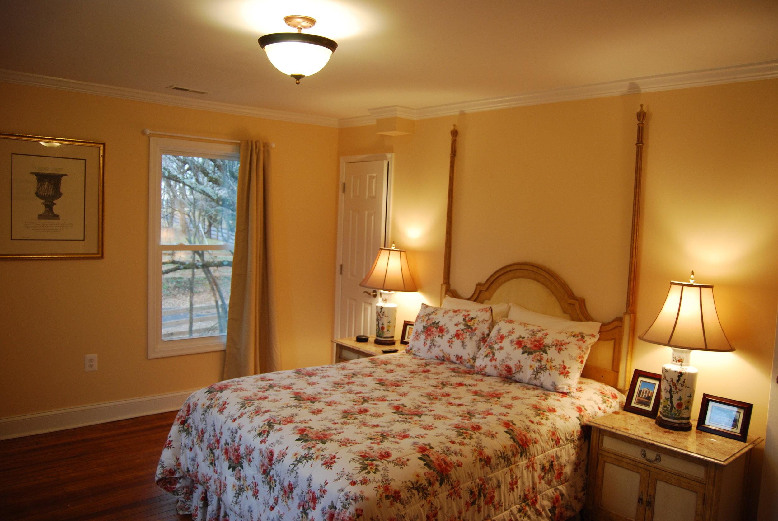 bedroom d2.JPG