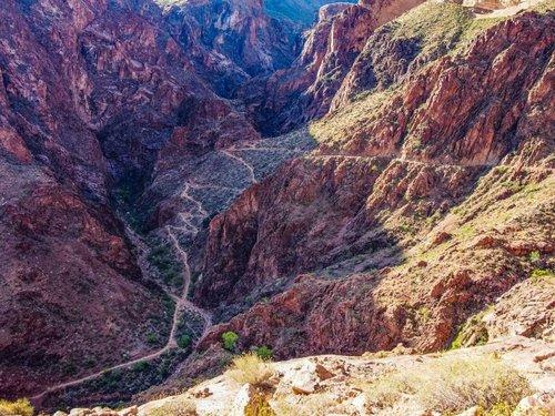 grand-canyon-phantom-ranch-hike-920x690.jpg