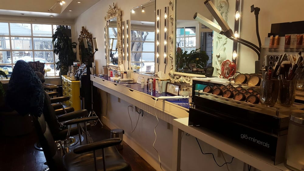 Photo: Eye Candy Lash and Brow Bar