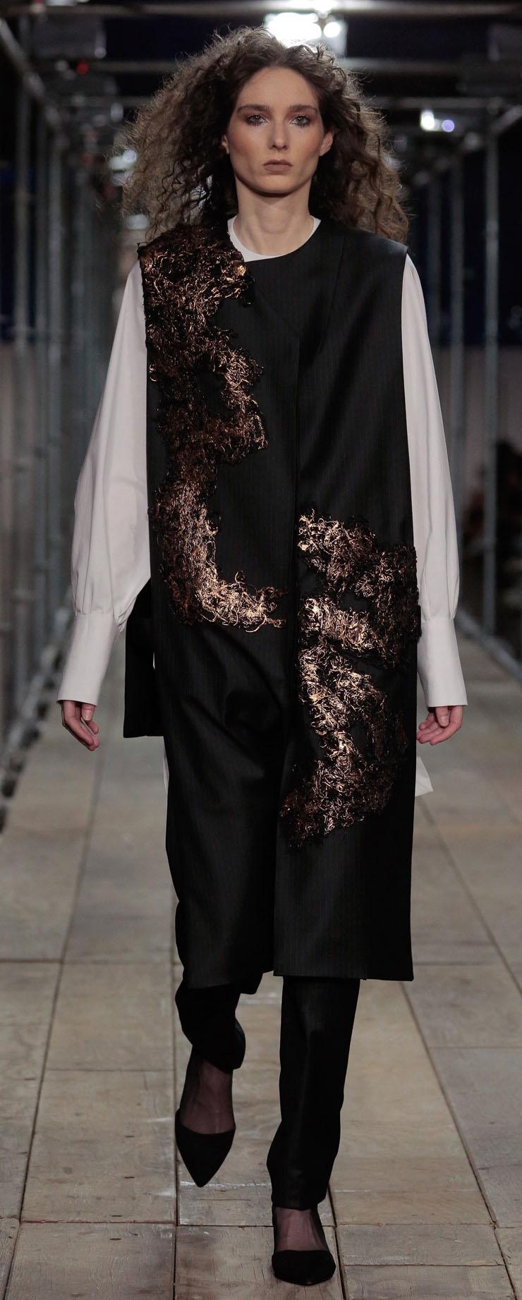 62_Denise Ramos, fashion design and Jorge Iglesias, textile design_CROPPED.jpg
