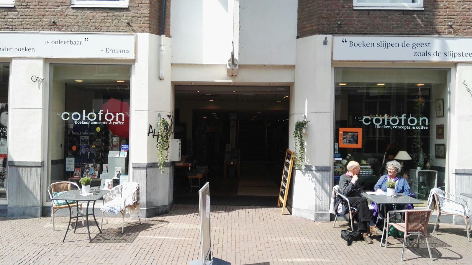 Het Colofon - Het colofon is gevestigd in de Bakkerstraat. De winkel begon in 2014 en is in korte tijd uitgegroeid tot een complete boekhandel met grote collectie nieuwe en 2ehands boeken.www.hetcolofon.nl