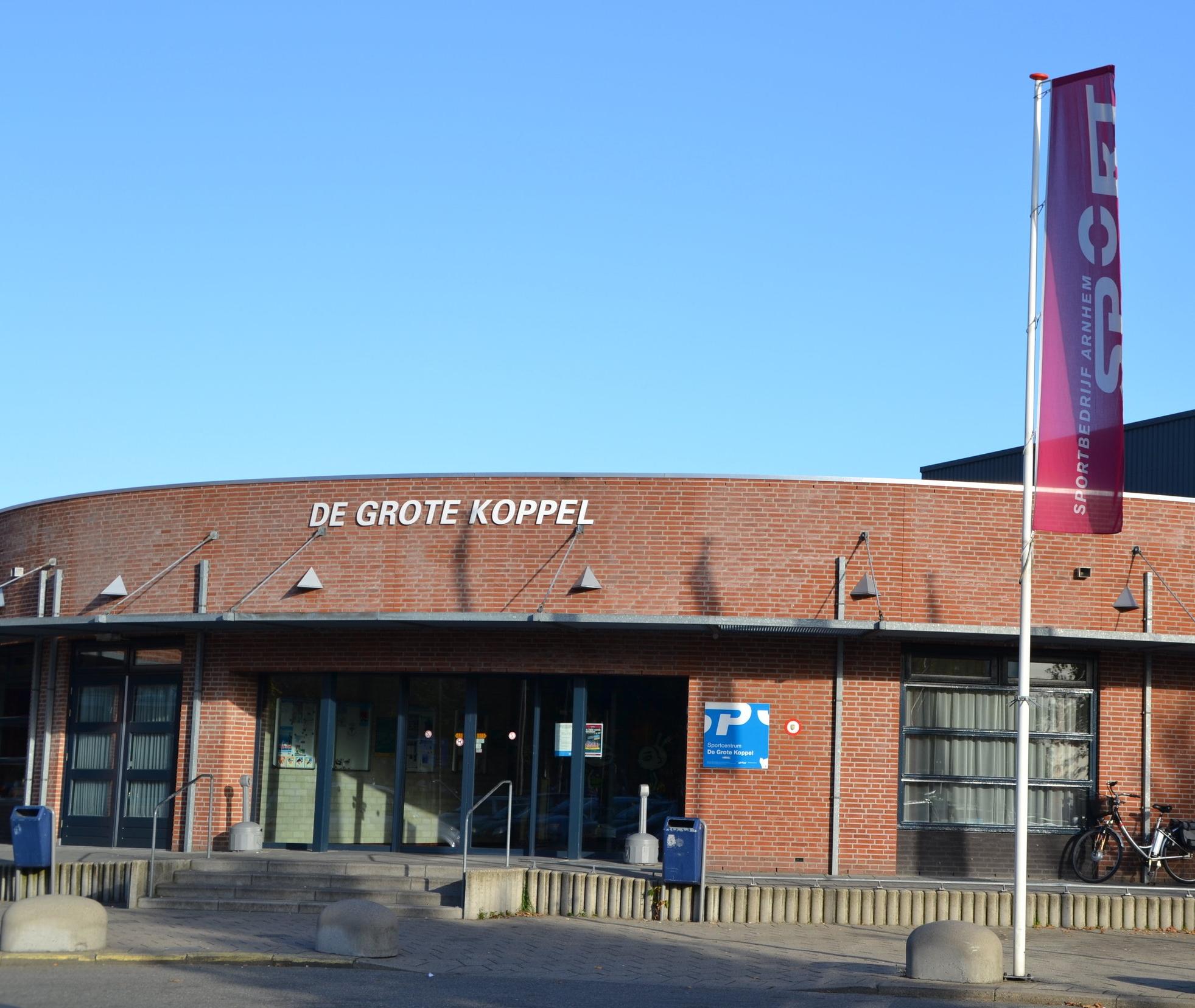 Sportbedrijf arnhem - De Expert in sporten en bewegen. Sportbedrijf Arnhem biedt een breed scala aan sportactiviteiten en sportmogelijkheden voor alle Arnhemmers.Het tegoed op uw pas is alleen inwisselbaar voor een '12x abonnement'. Meer informatie zie website:www.sportbedrijfarnhem.nl