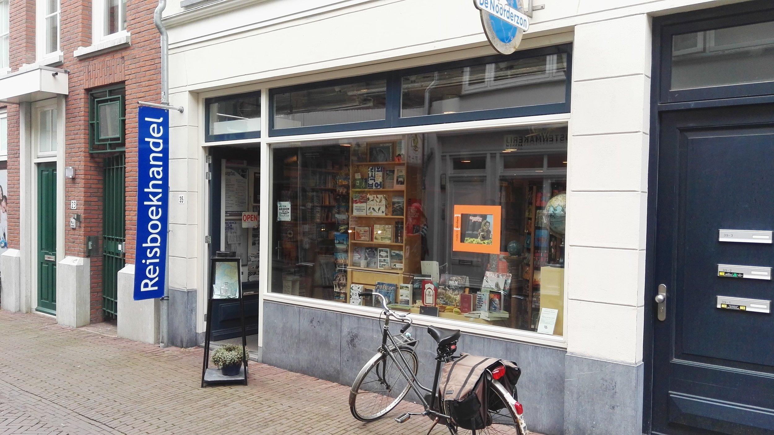Reisboekhandel De Noorderzon - Bij Reisboekhandel de Noorderon krijgt u 50% korting op de wandelkaart van uid-Veluwe twv. € 12,95 bij besteding met het mantelzorgcompliment.