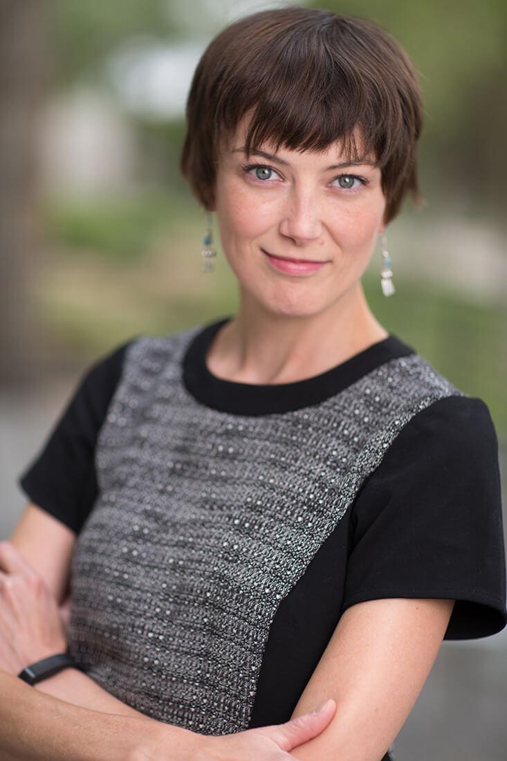 Elyse Sewell - Analyst, Writer, Model