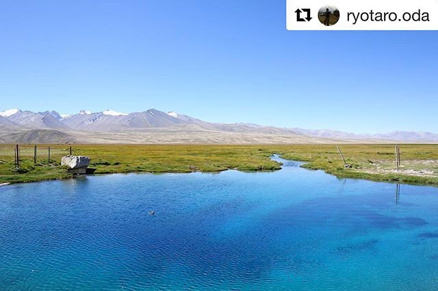 📷 @ryotaro.oda ・・・ . For any travel-info . ➡️ www.visitpamirs.com . ⛰🏔🗻🏔⛰ 🚵🏼⛺️🏃🏽🏞 #centralasia #mountaineering #climbing #trekking #visittajikistan #visitpamirs #pamirhighway #travelstories #voyage #photooftheday #picoftheday #wanderlust  #paradise #nature #landscape #biketour