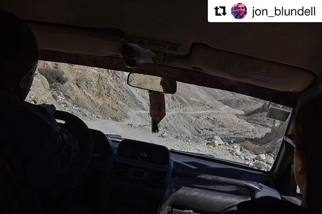 📷 @jon_blundell ・・・ . For any travel-info . ➡️ www.visitpamirs.com . ⛰🏔🚘🏔⛰ #centralasia #mountaineering #climbing #trekking #visittajikistan #visitpamirs #pamirhighway