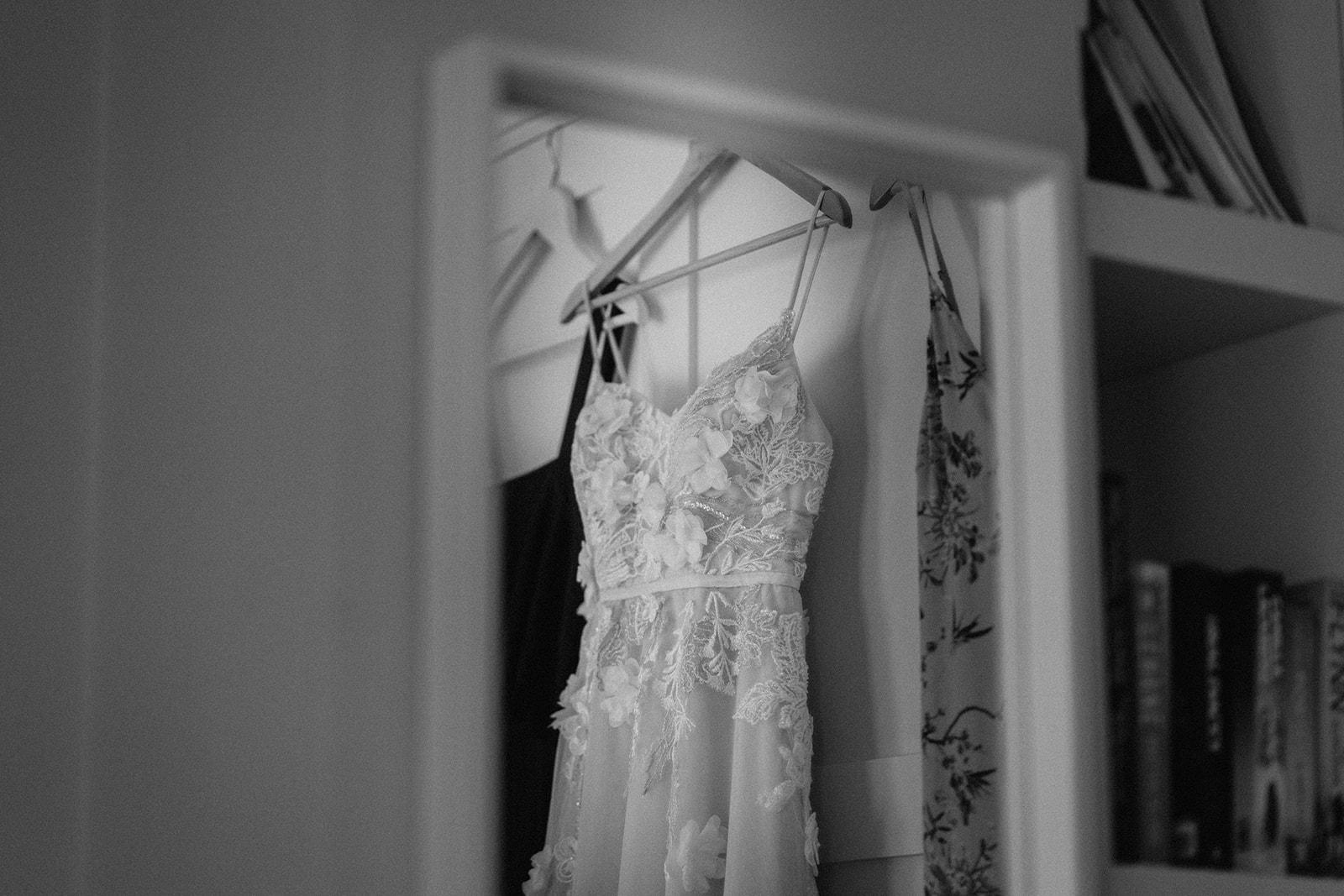 the-olde-bell-wedding-photography-jade-jonnie-19.jpg