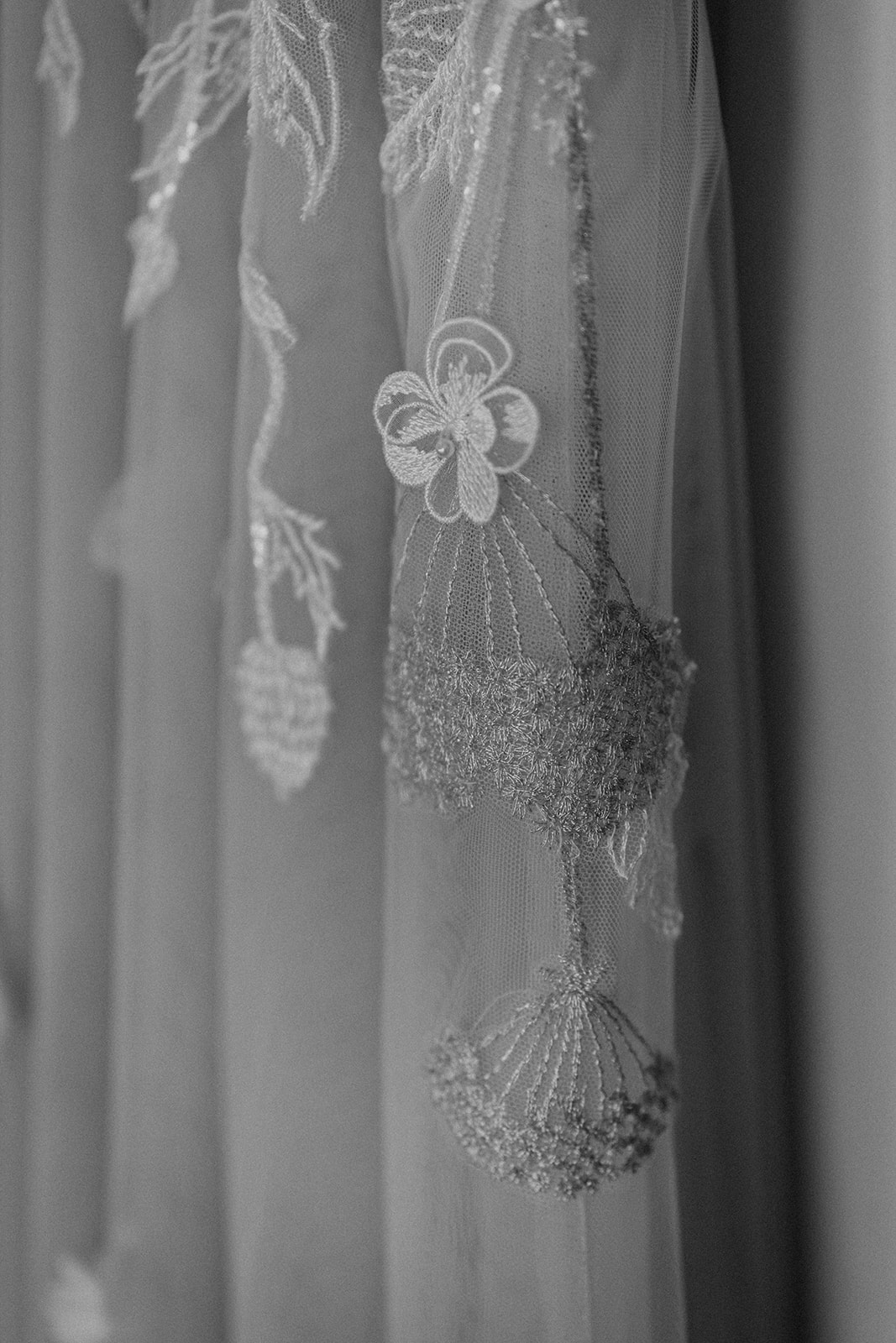 the-olde-bell-wedding-photography-jade-jonnie-25.jpg