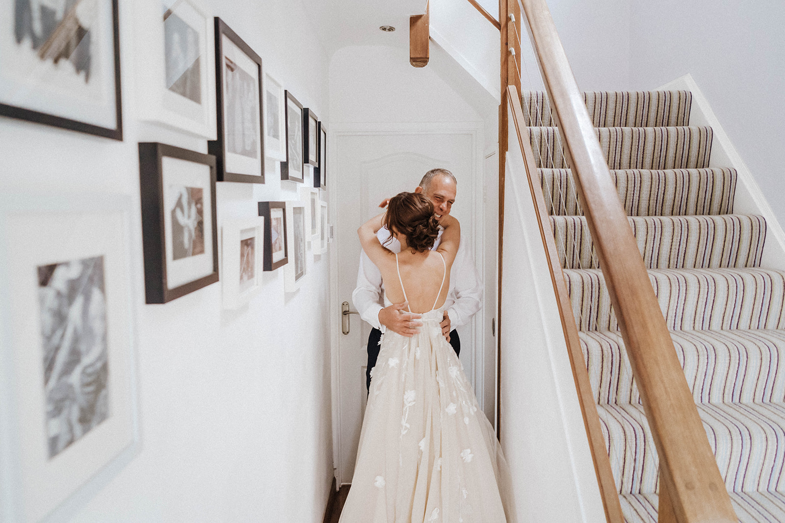 the-olde-bell-wedding-photography-jade-jonnie-104.jpg