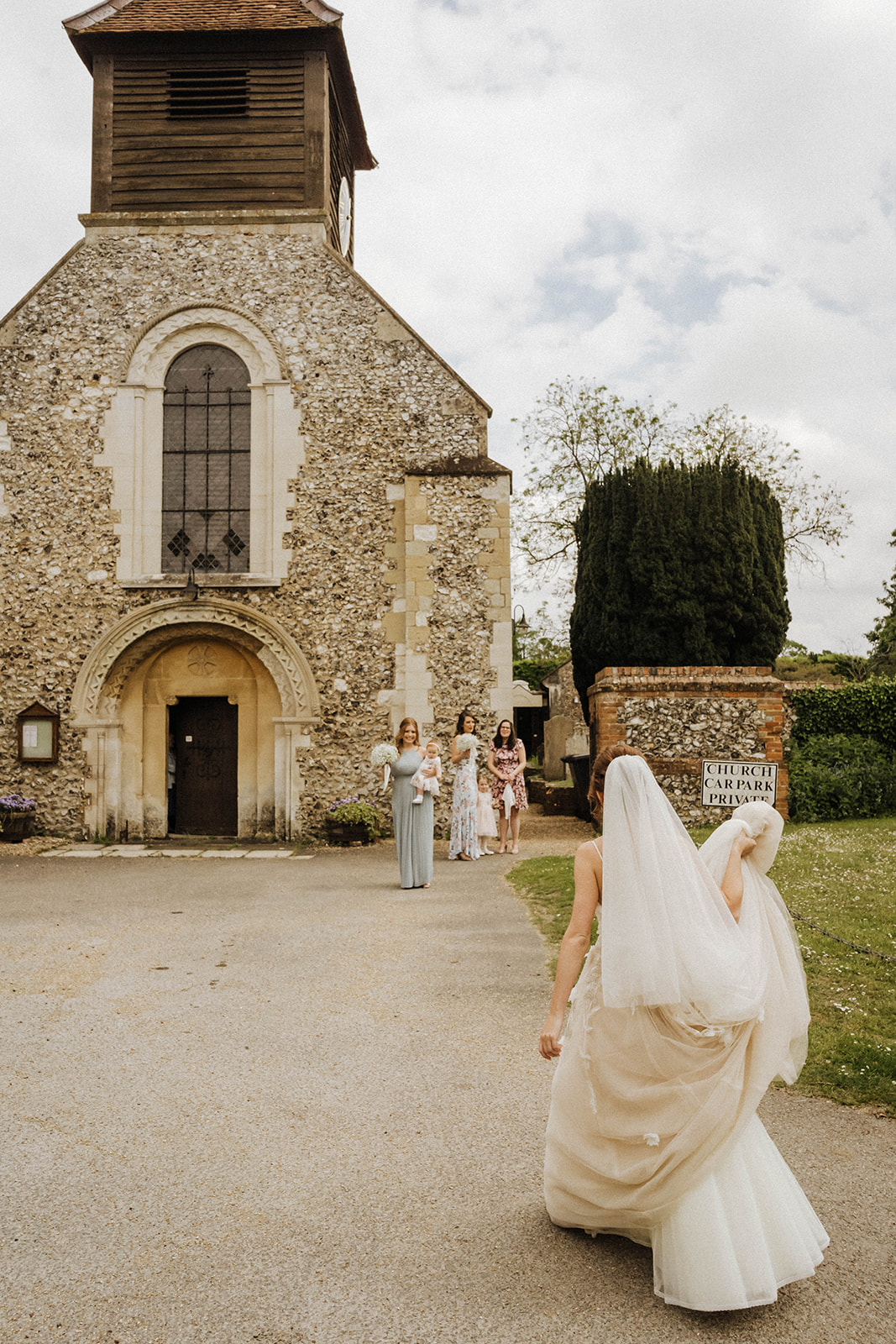 the-olde-bell-wedding-photography-jade-jonnie-126.jpg