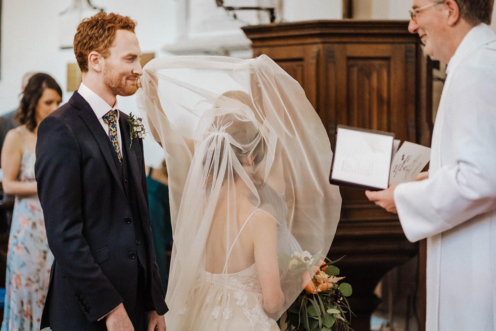 the-olde-bell-wedding-photography-jade-jonnie-150.jpg