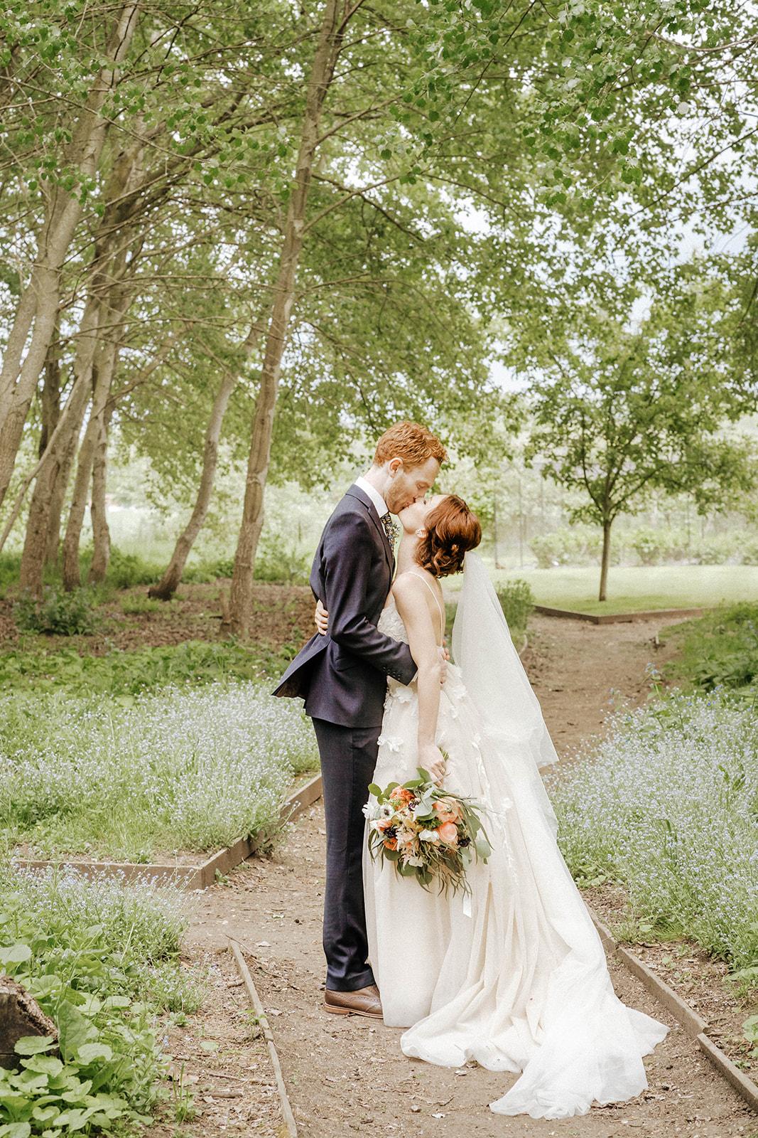 the-olde-bell-wedding-photography-jade-jonnie-308.jpg