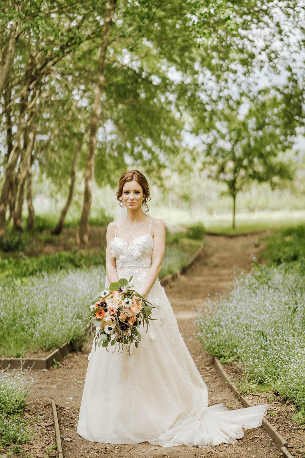 the-olde-bell-wedding-photography-jade-jonnie-320.jpg