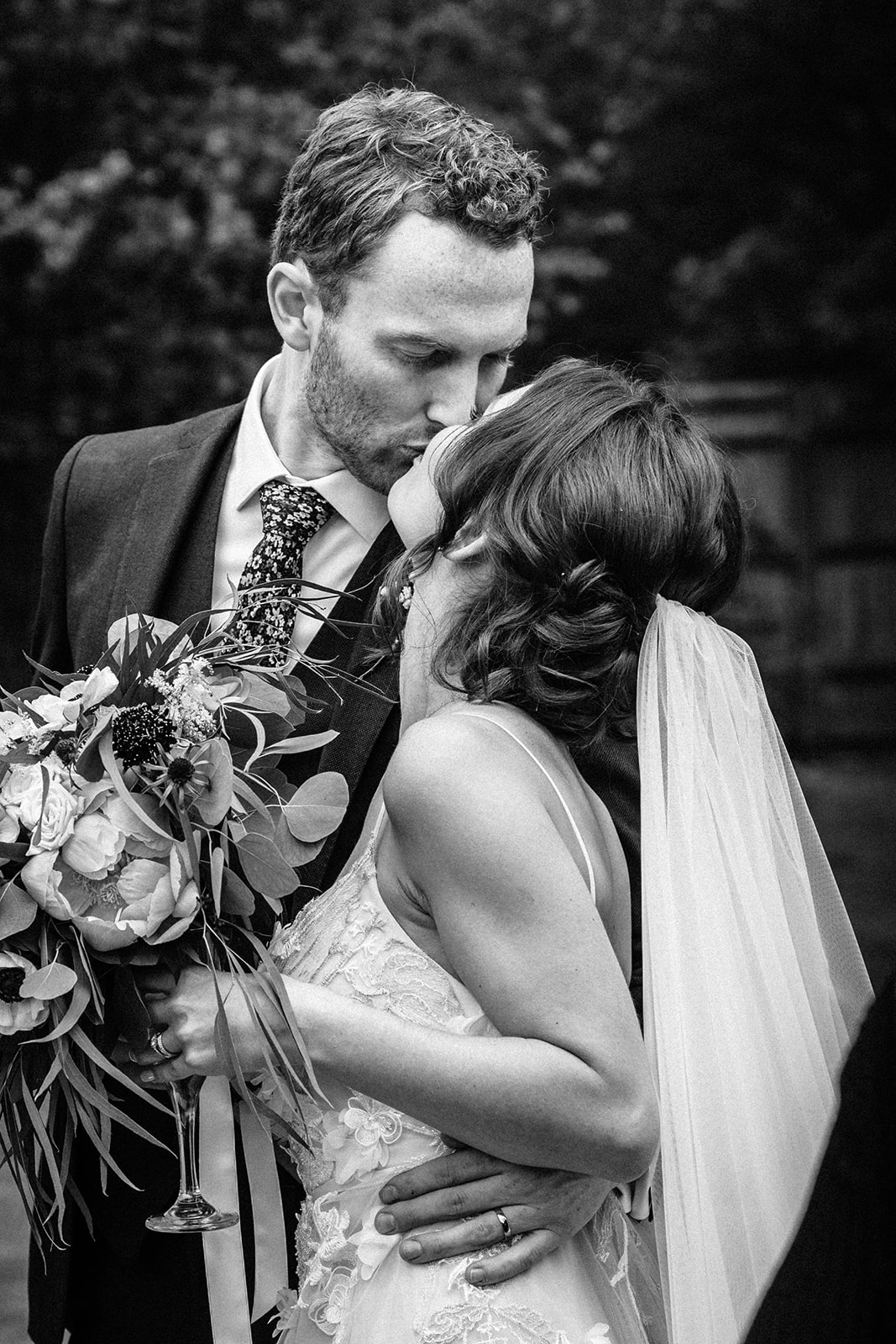 the-olde-bell-wedding-photography-jade-jonnie-347.jpg