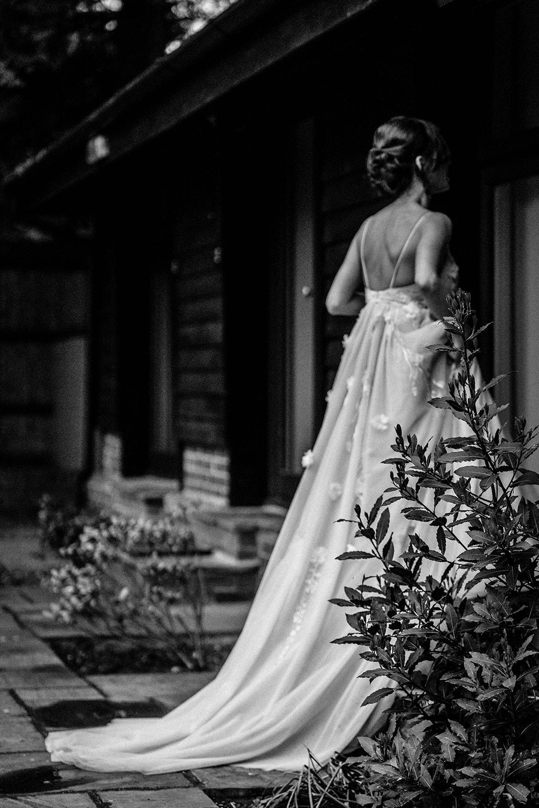 the-olde-bell-wedding-photography-jade-jonnie-415.jpg