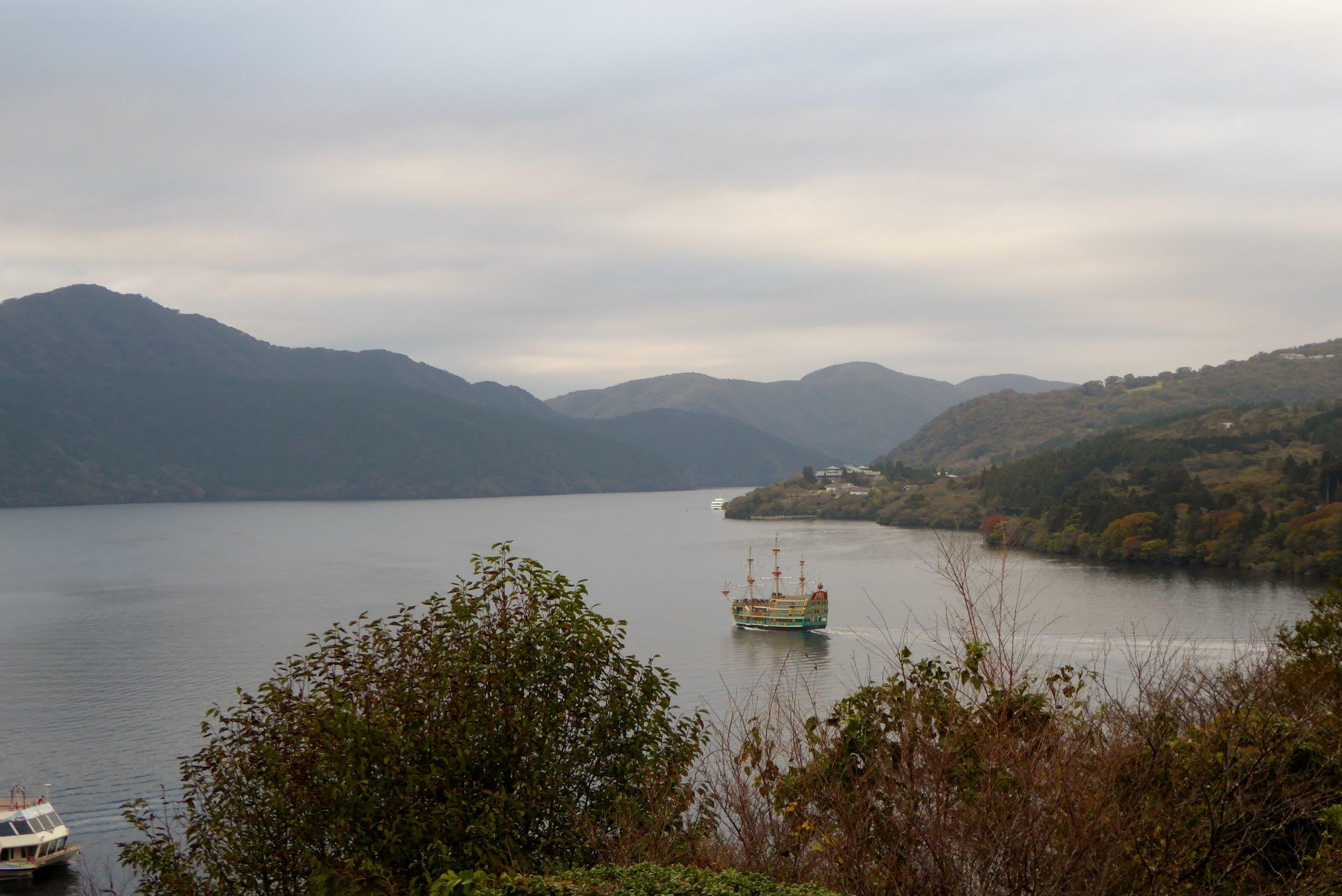 Barco Pirata Lago Ashi Hakone