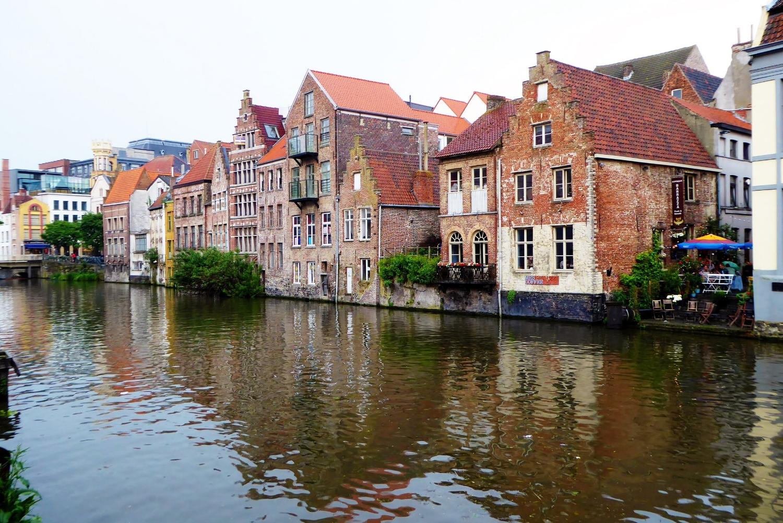 Vistas desde el canal de Gante