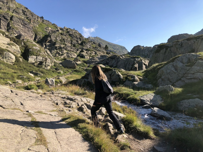 Excursión al lago de Juclar - TravelHolics