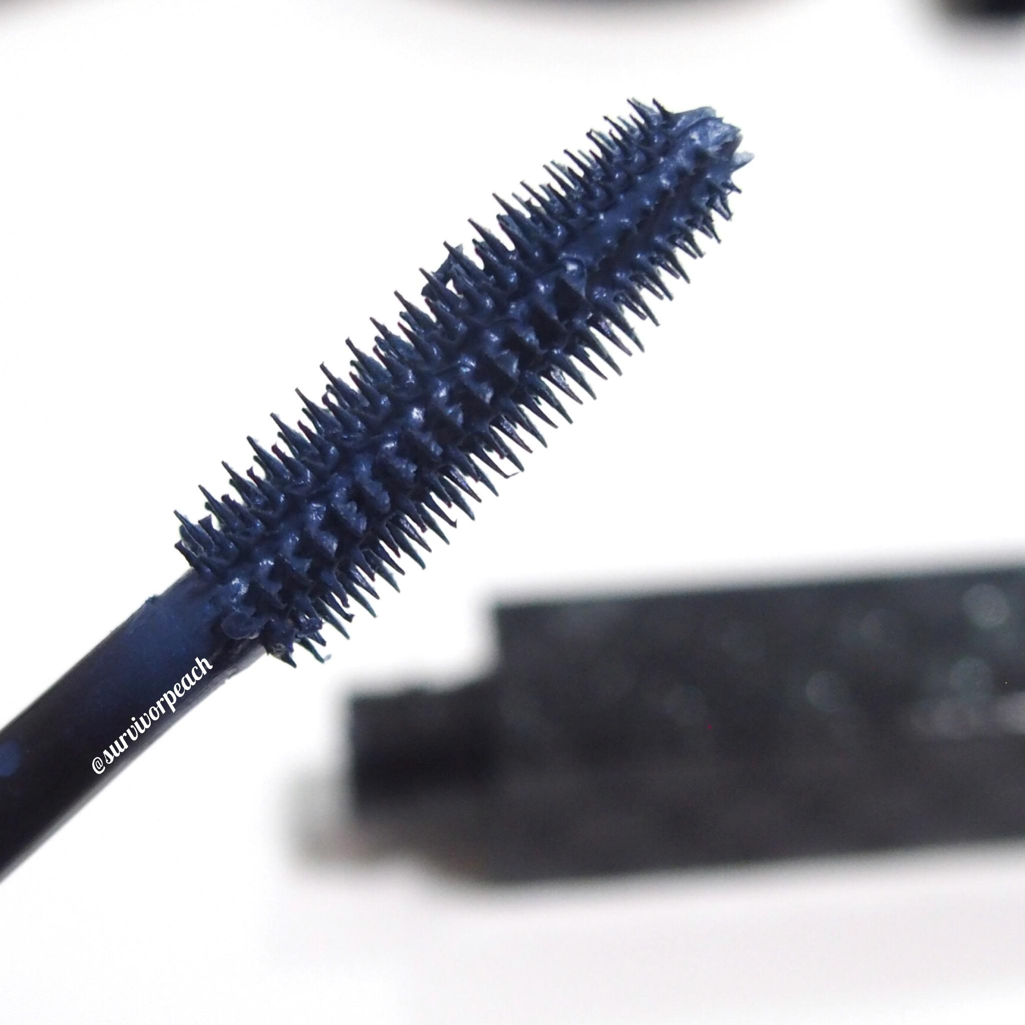 Opulent Volume Mascara in shade Midnight Blue