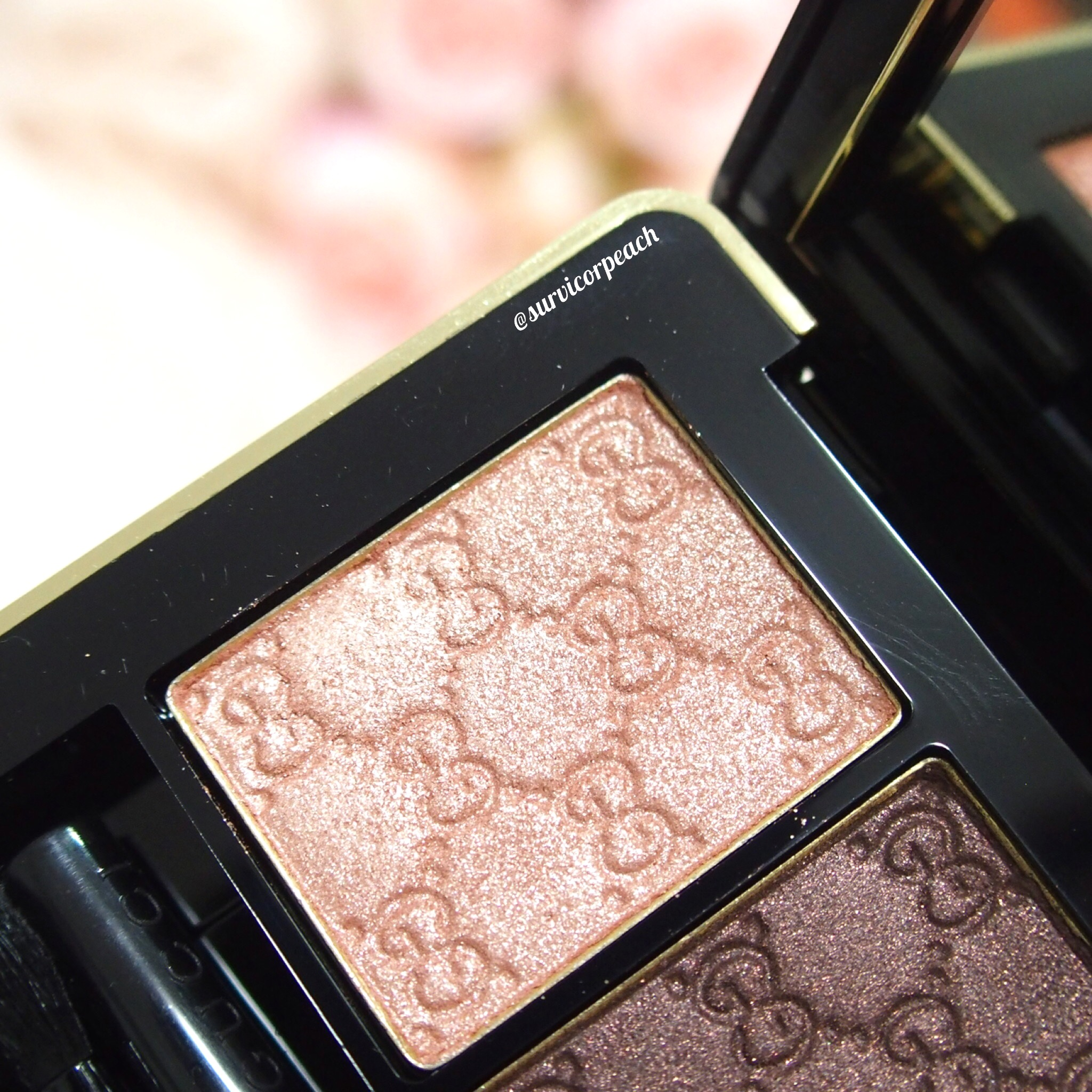 Gucci Amaretto Magnetic Color Shadow Duo - left (in artificial light)