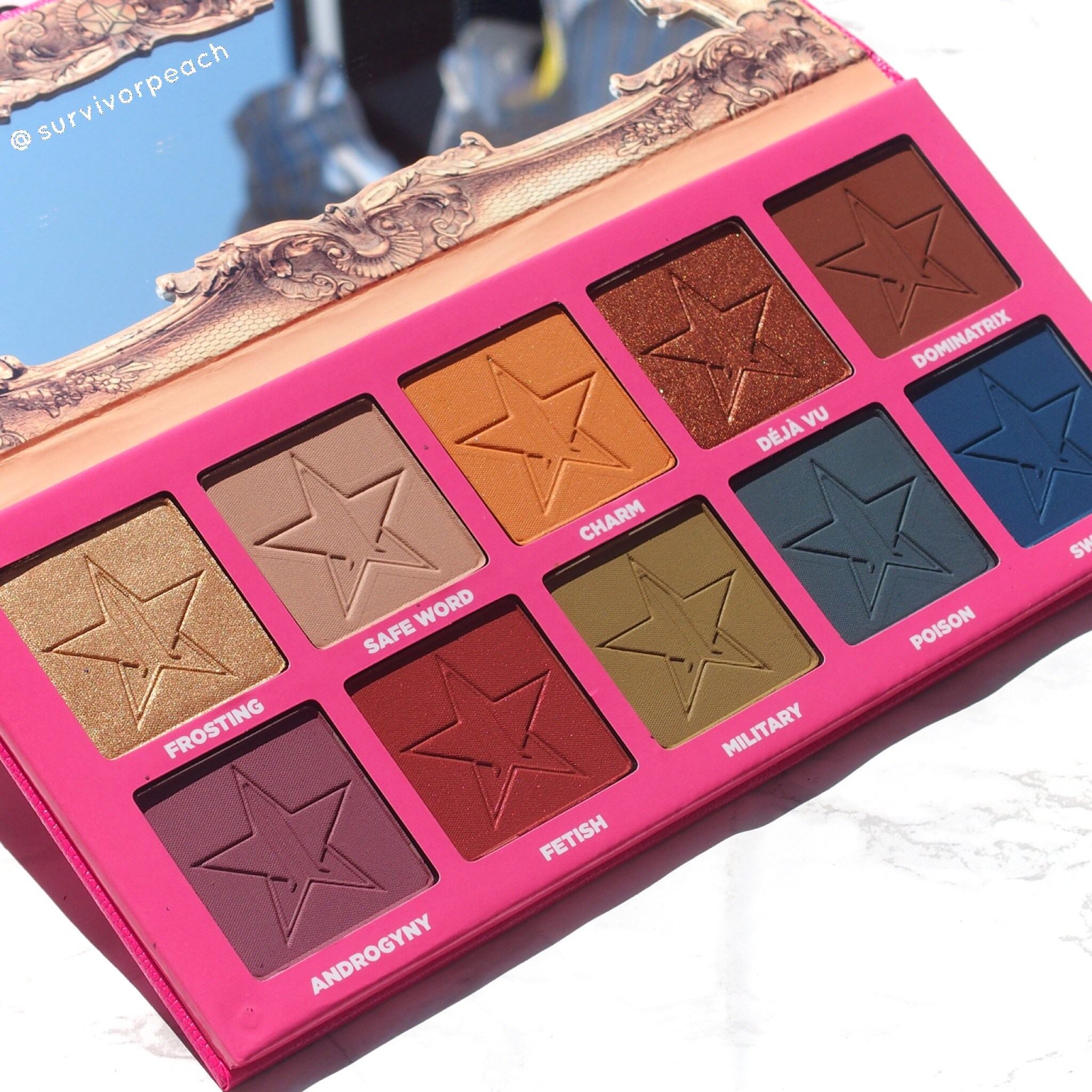 Close up of Charm from the Jeffree Star Androgyny Palette
