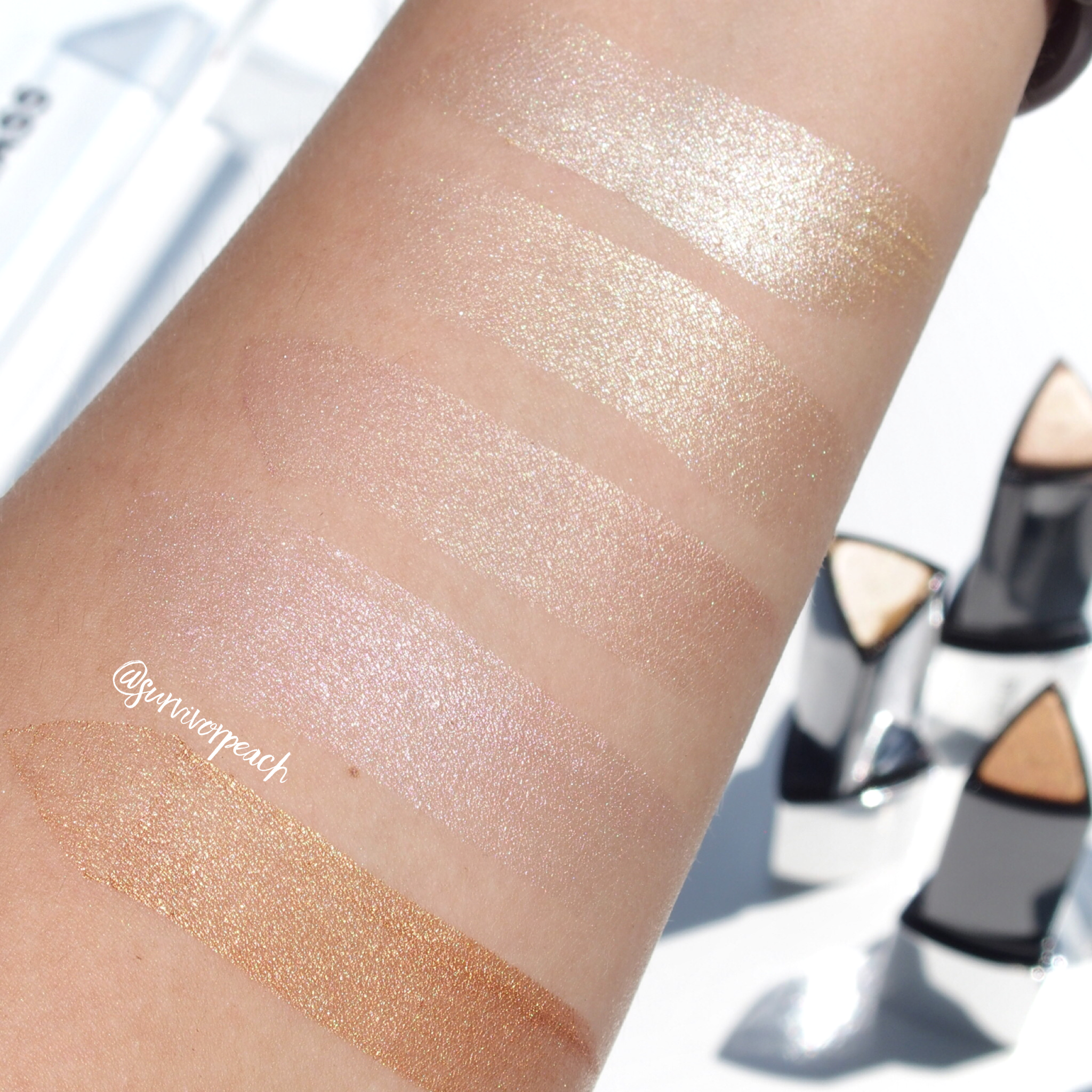 Hourglass Vanish Flash Highlighter Stick Swatches  1. Gold Flash 2. Champagne Flash 3. Rose Gold Flash 4. Pink Flash 5. Bronze Flash