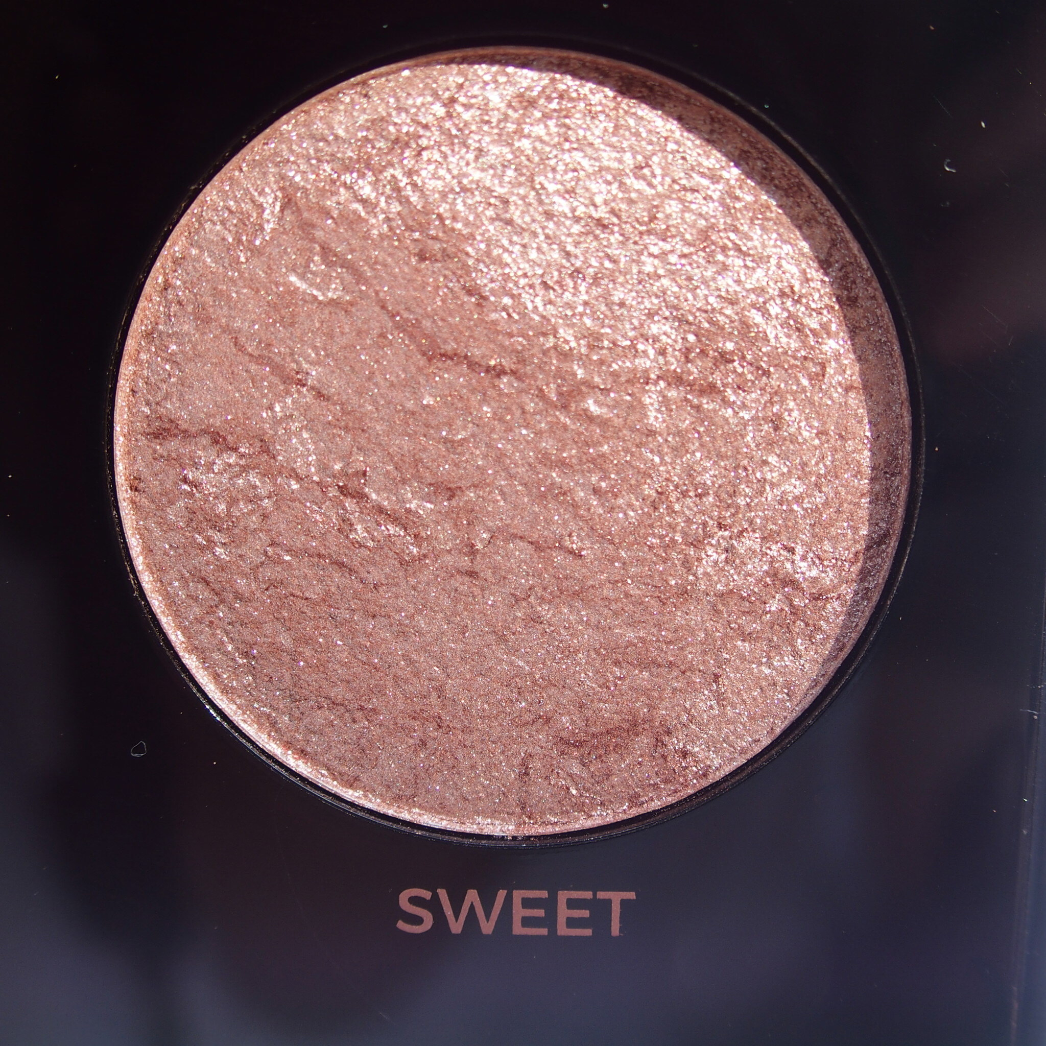 Makeup Revolution Pro HD Amplified Get Baked Palette swatches - Sweet