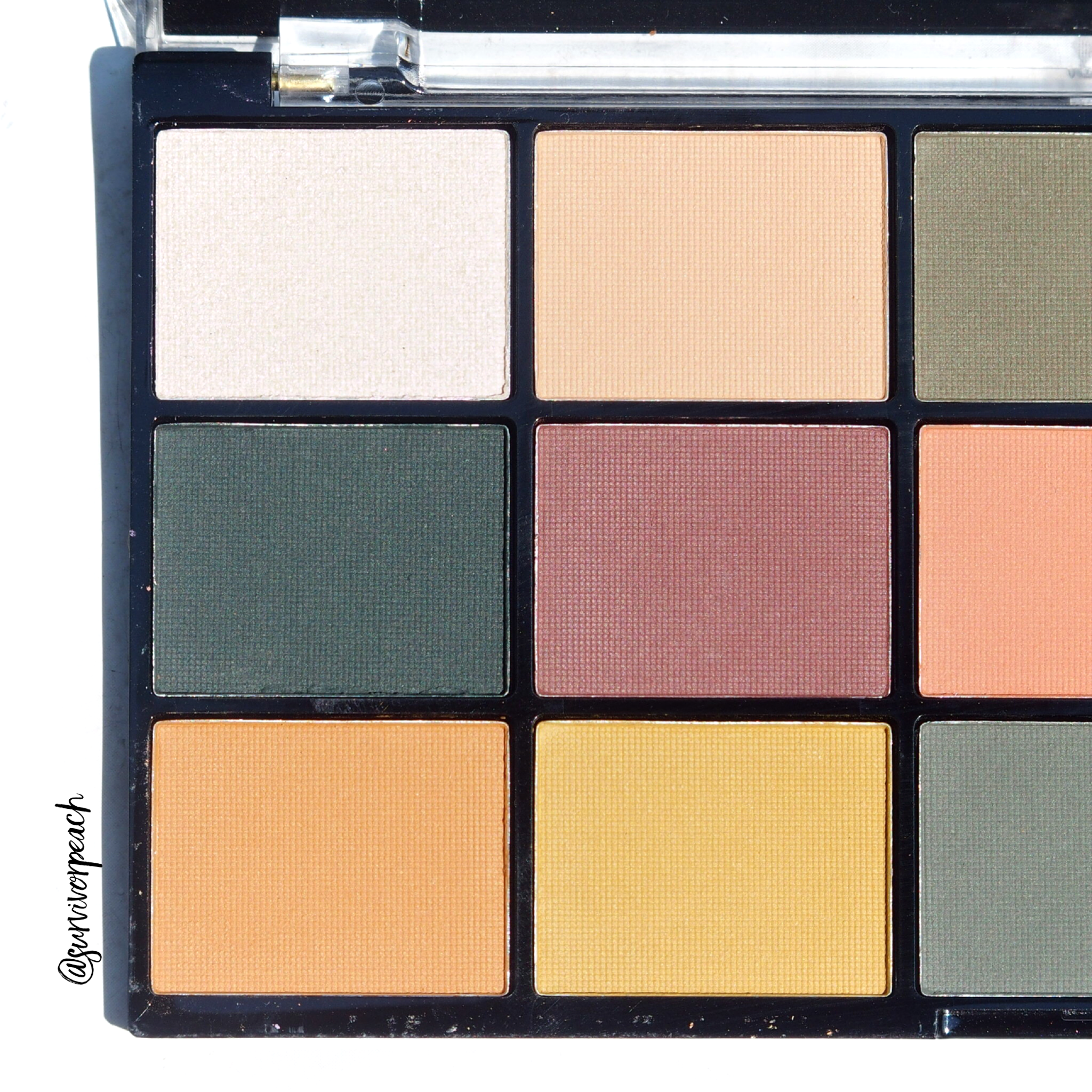 Revolution Re-loaded palette Iconic Division (left)