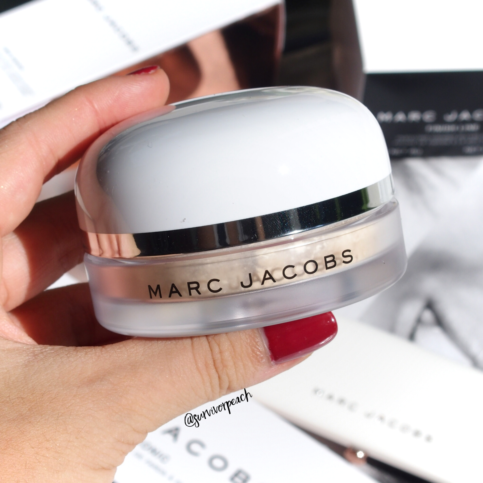 The Marc Jacobs Coconut Setting Powder