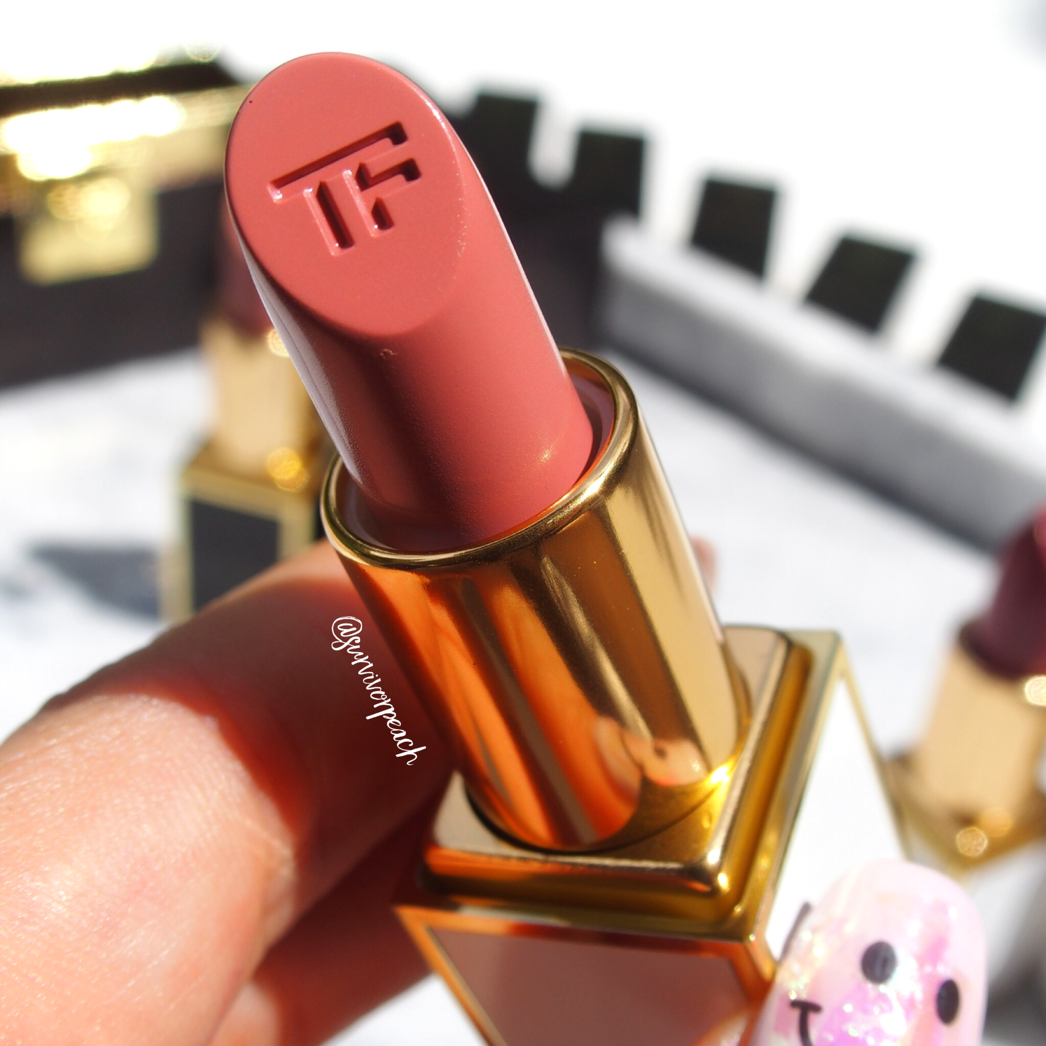 Tomford Lips and Girls Gal