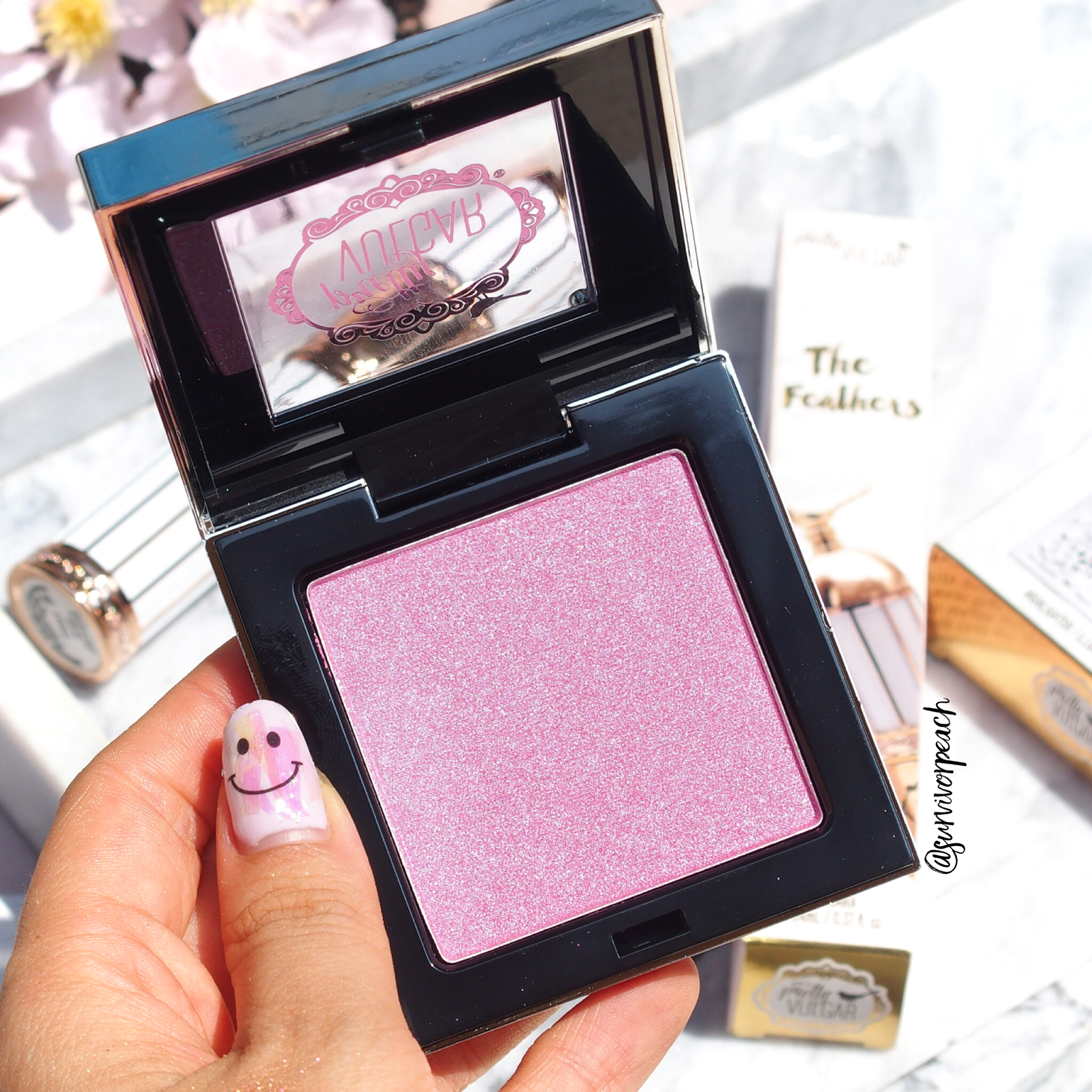 Pretty Vulgar Shimmering Swan Ultra Reflective Highlighting Powder - Lilac Lust