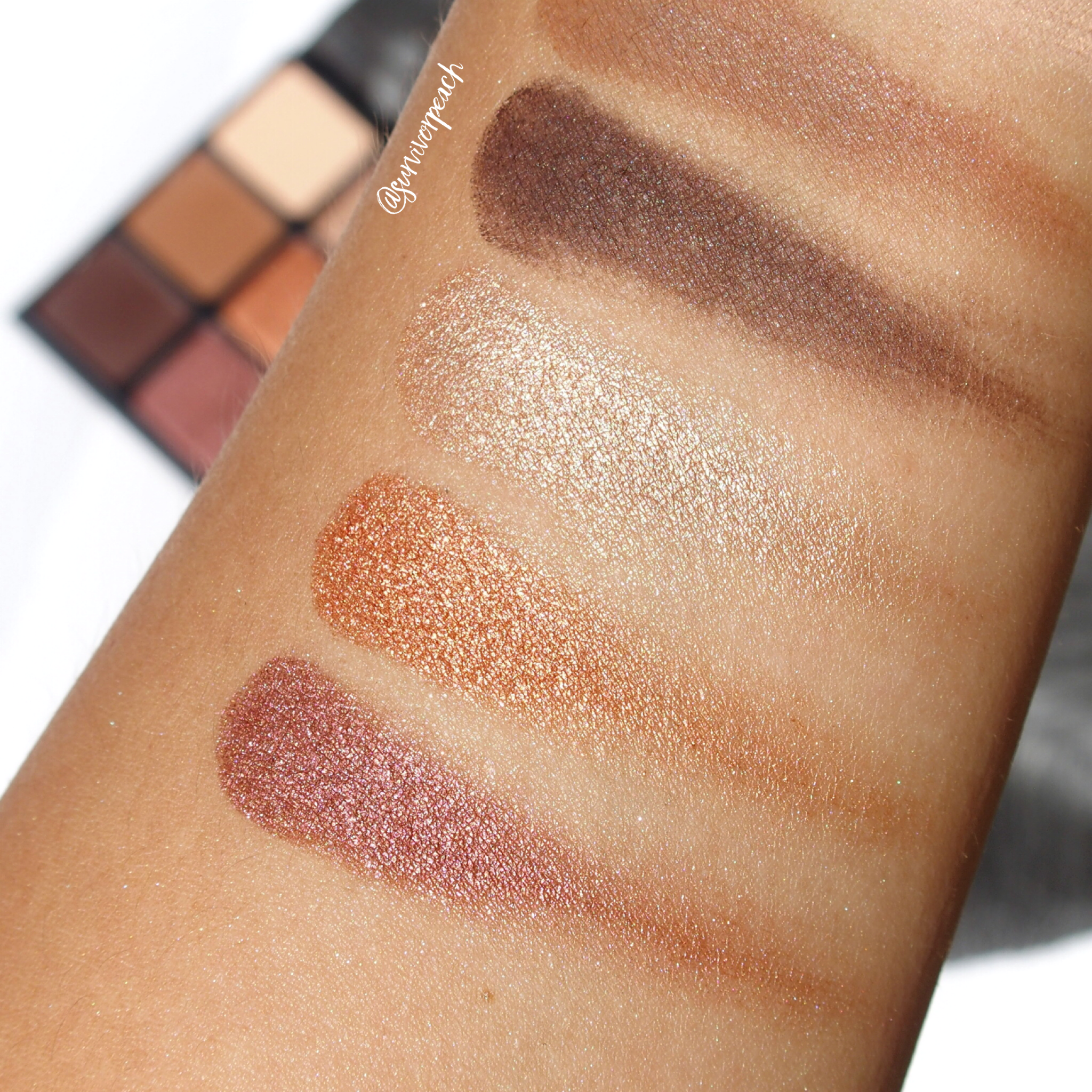 Swatches of the Viseart Theory II Minx palette