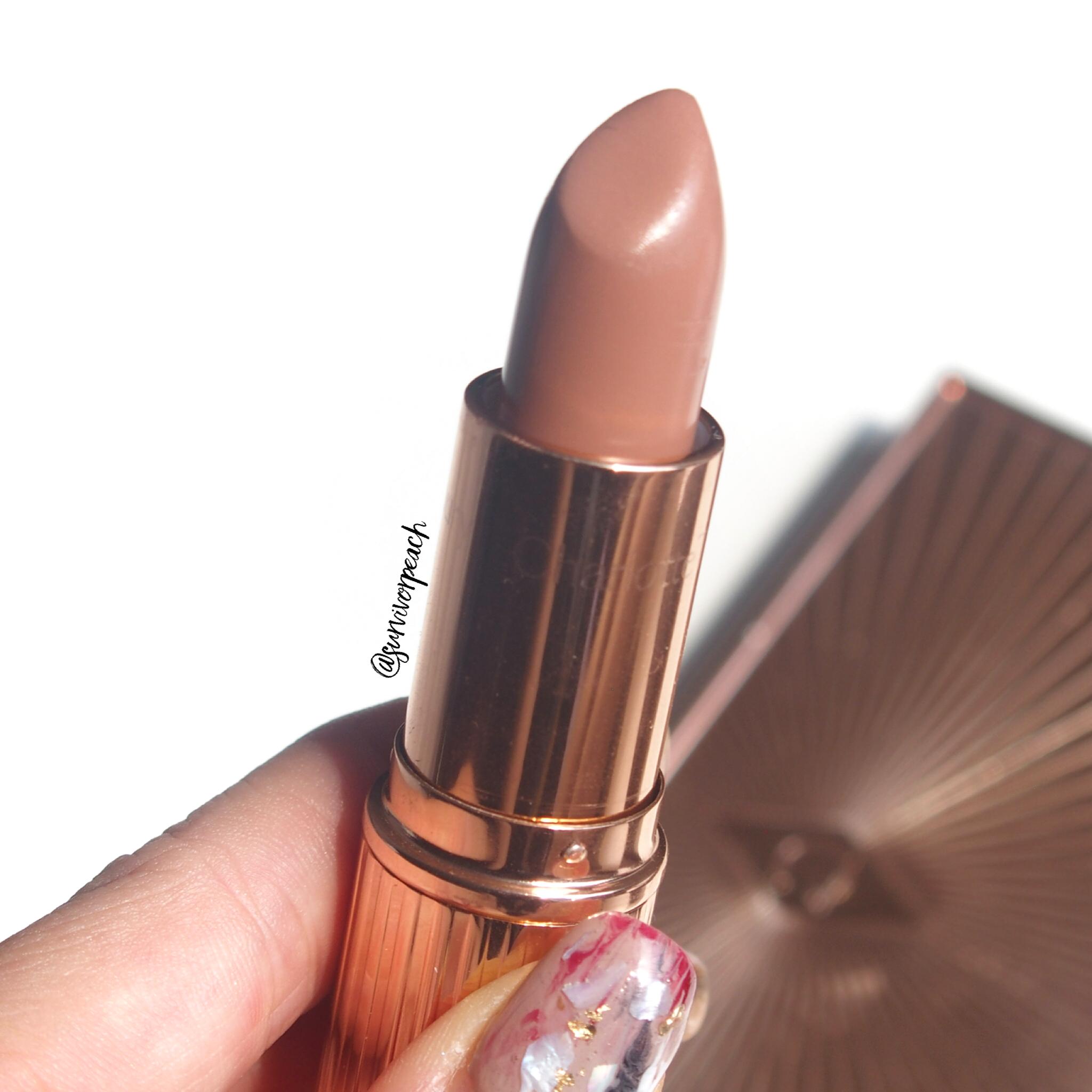 Charlotte Tilbury K.I.S.S.I.N.G Lipsticks in shade Hepburn Honey