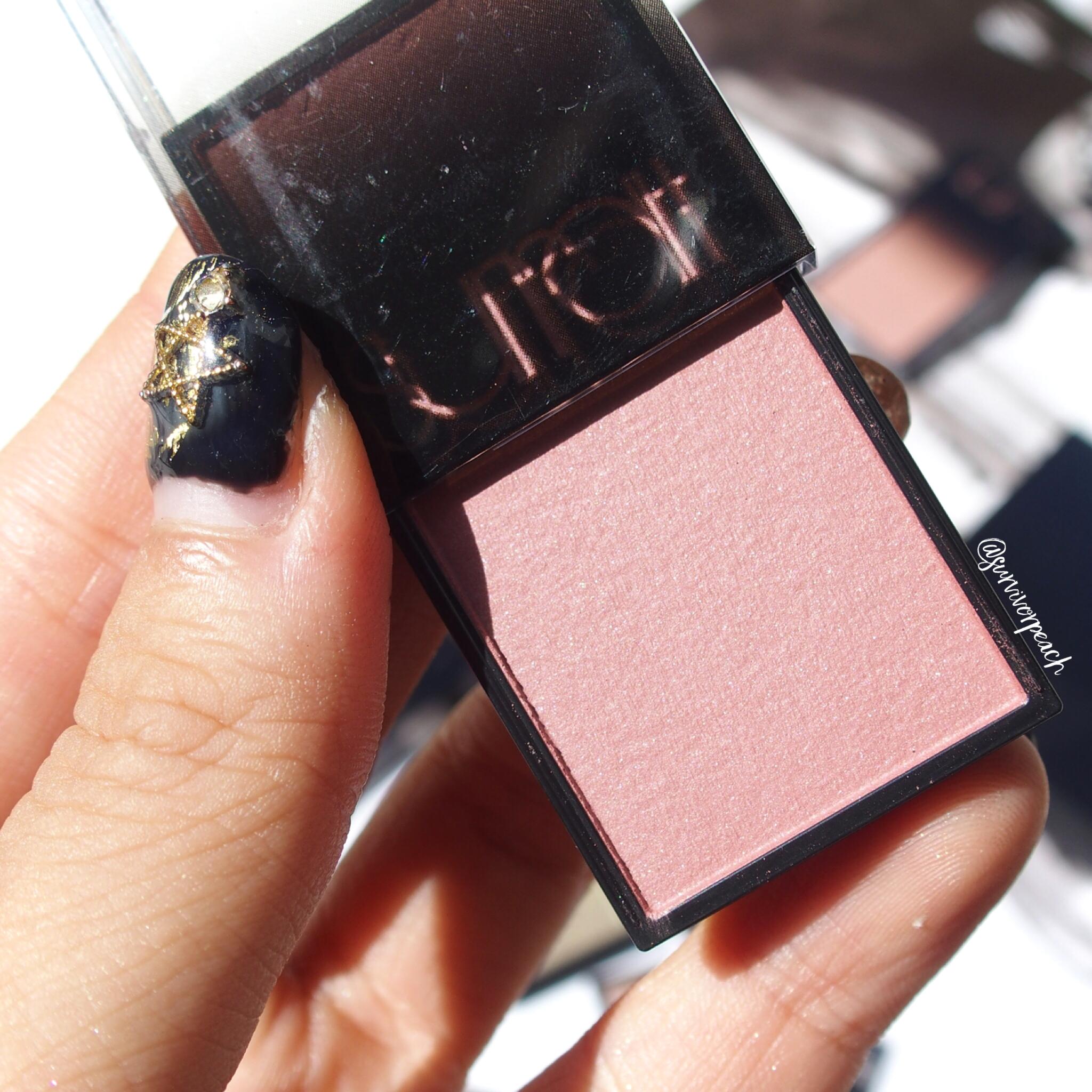 Surratt Astistique Blush in shades La Vie In Rose